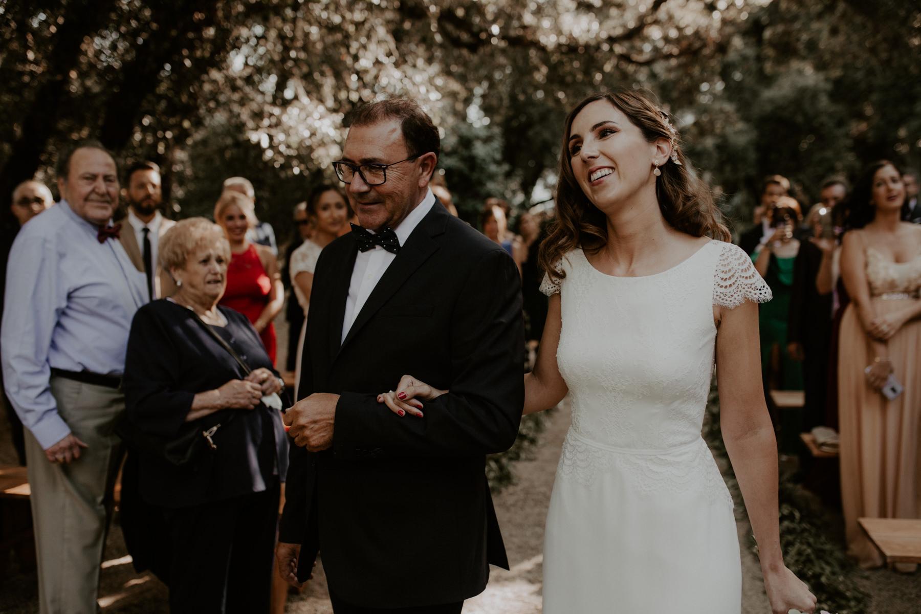 alt_thenortherngirlphotography_couples_weddingphotographer_photographer_wedding_boda_fotografodebodas_fotografobodasbarcelona_bodaindie_bodasconestilo_bodaensantperedeclara_jennifermiguel-293.jpg