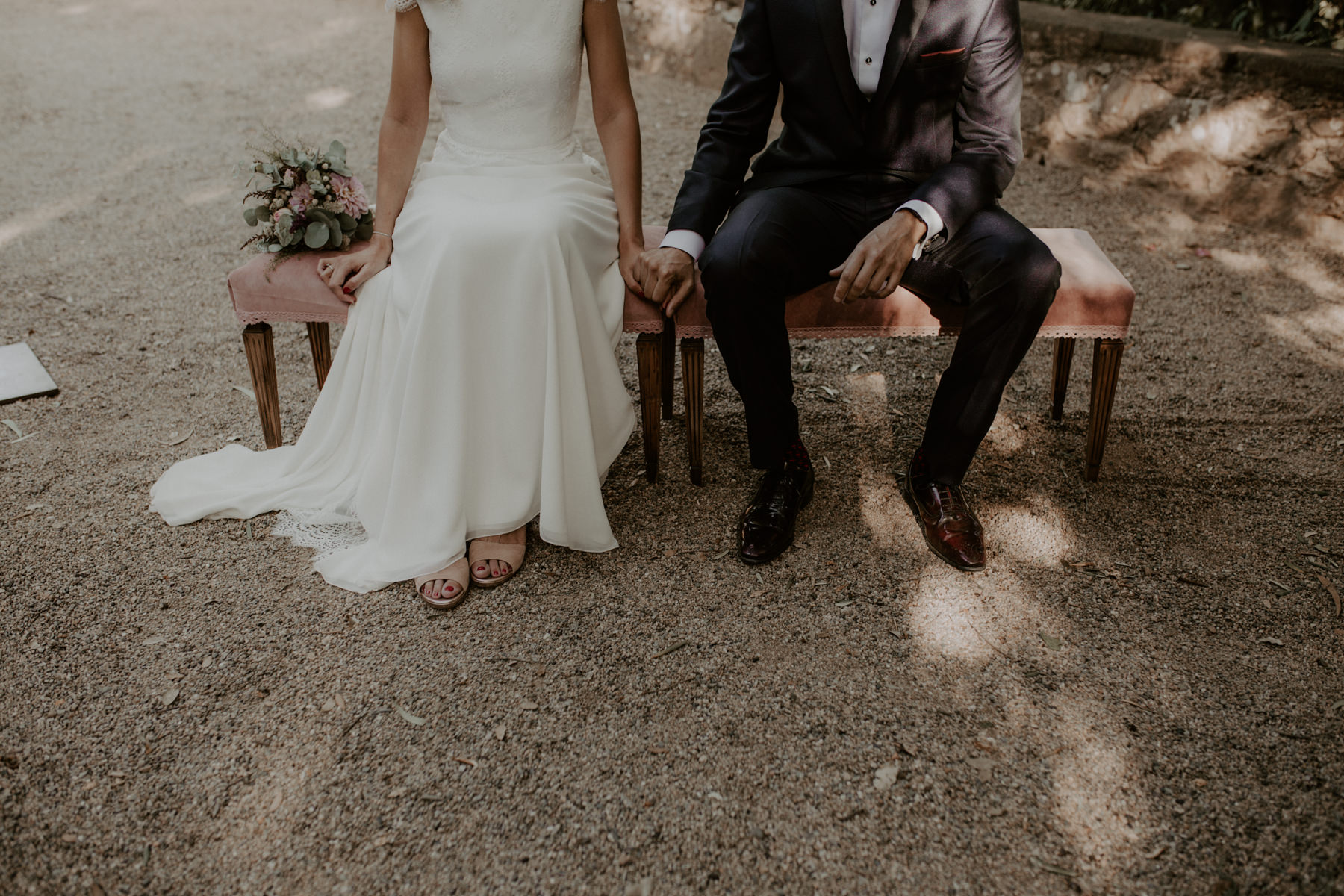 alt_thenortherngirlphotography_couples_weddingphotographer_photographer_wedding_boda_fotografodebodas_fotografobodasbarcelona_bodaindie_bodasconestilo_bodaensantperedeclara_jennifermiguel-305.jpg
