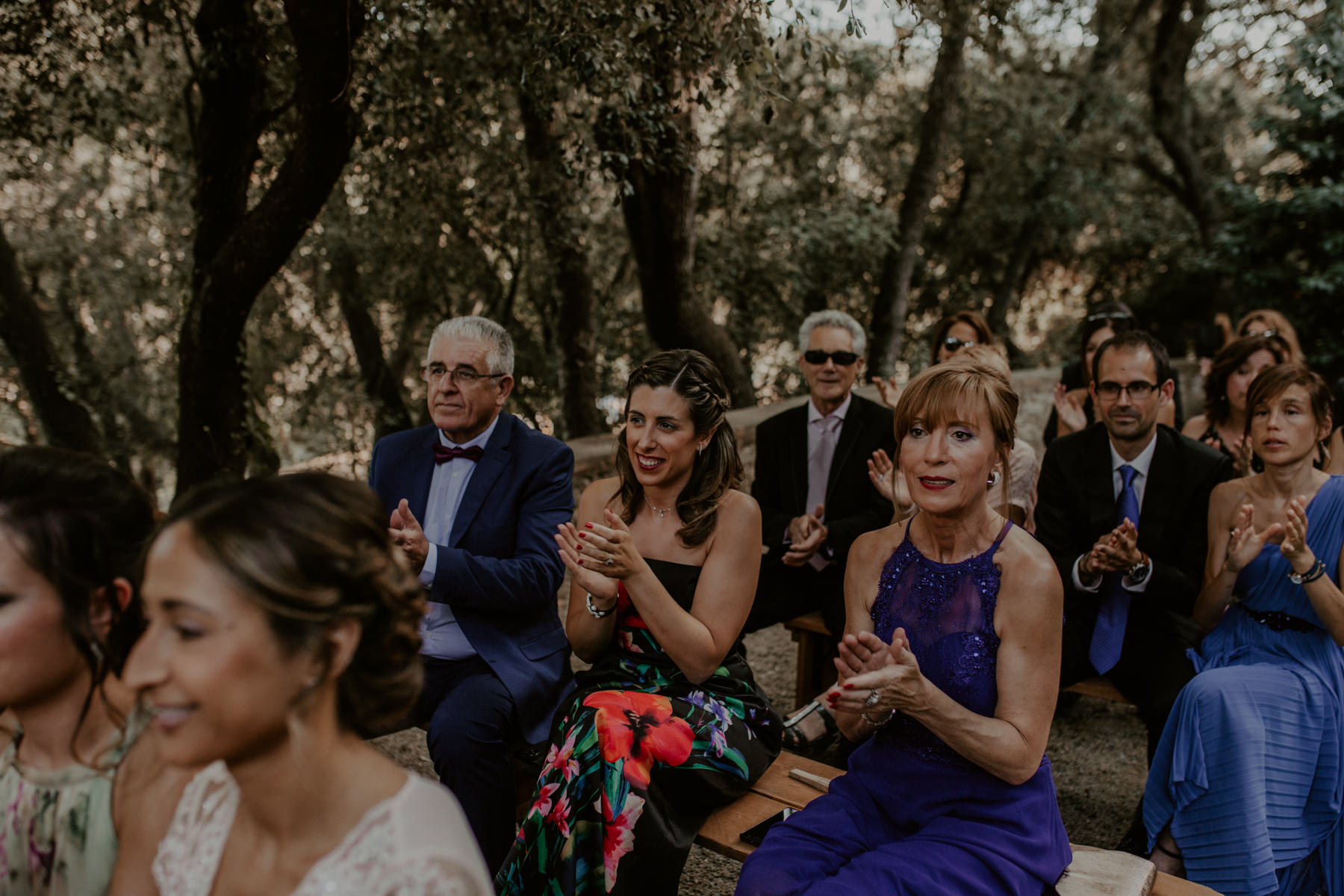 alt_thenortherngirlphotography_couples_weddingphotographer_photographer_wedding_boda_fotografodebodas_fotografobodasbarcelona_bodaindie_bodasconestilo_bodaensantperedeclara_jennifermiguel-349.jpg