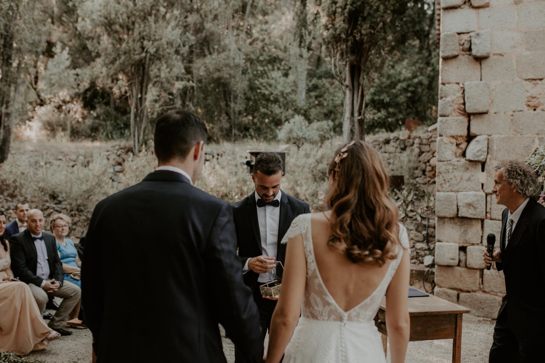 alt_thenortherngirlphotography_couples_weddingphotographer_photographer_wedding_boda_fotografodebodas_fotografobodasbarcelona_bodaindie_bodasconestilo_bodaensantperedeclara_jennifermiguel-353.jpg