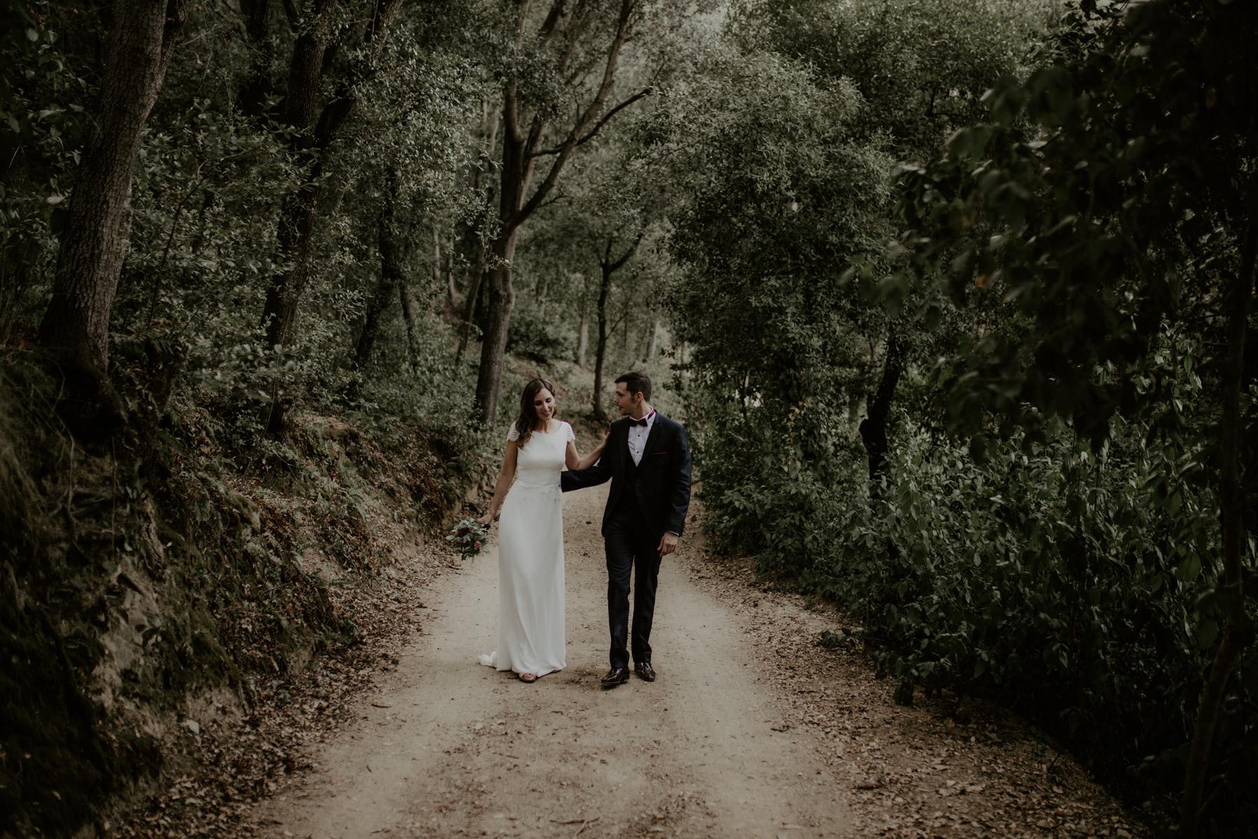 alt_thenortherngirlphotography_couples_weddingphotographer_photographer_wedding_boda_fotografodebodas_fotografobodasbarcelona_bodaindie_bodasconestilo_bodaensantperedeclara_jennifermiguel-528.jpg
