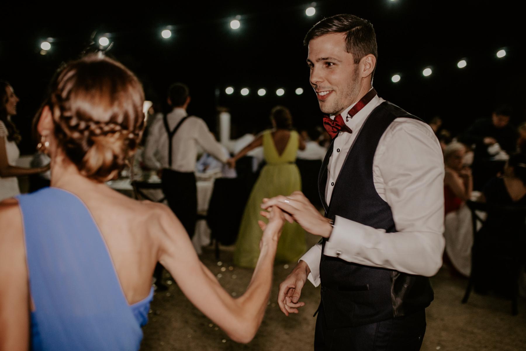 alt_thenortherngirlphotography_couples_weddingphotographer_photographer_wedding_boda_fotografodebodas_fotografobodasbarcelona_bodaindie_bodasconestilo_bodaensantperedeclara_jennifermiguel-867.jpg