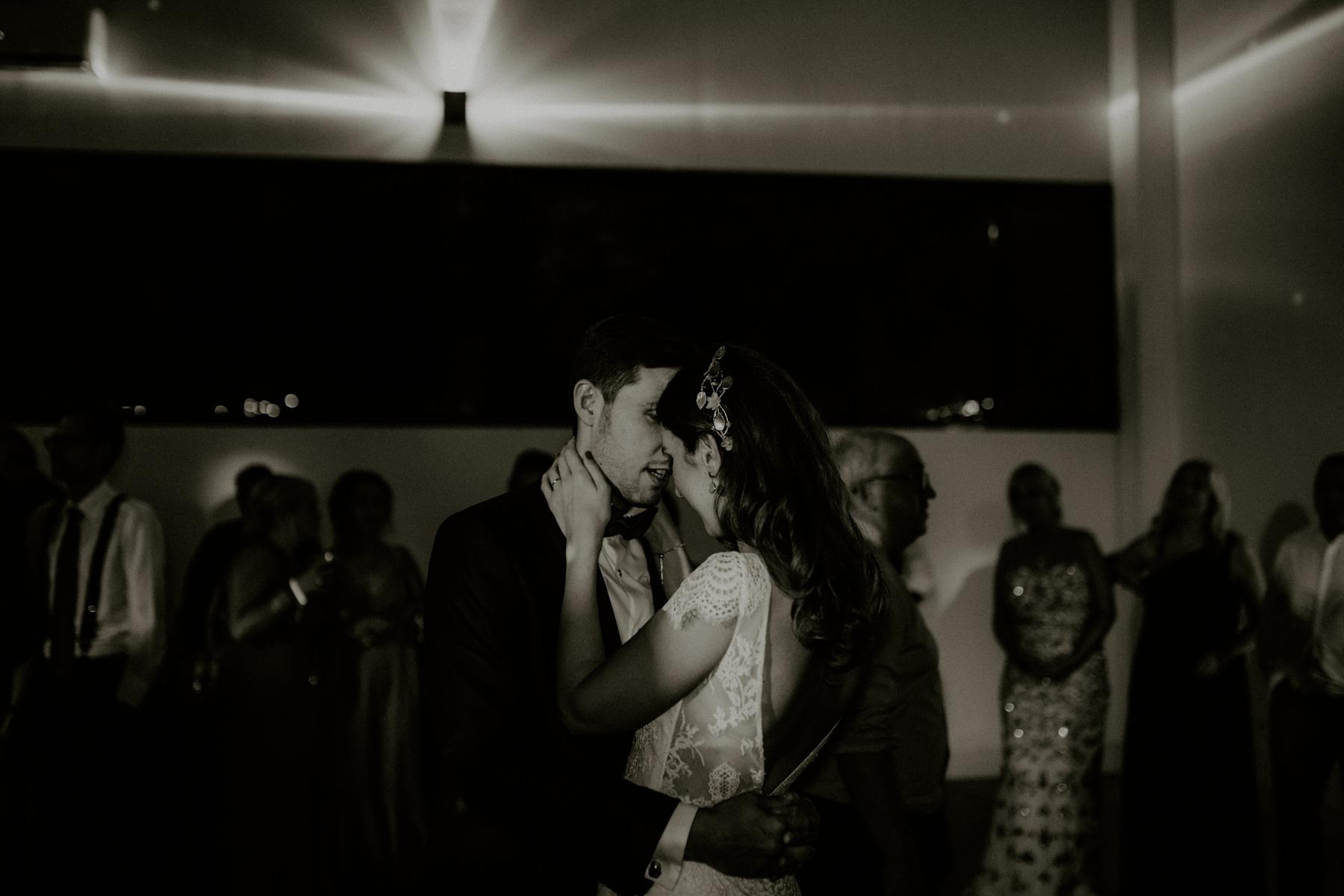 alt_thenortherngirlphotography_couples_weddingphotographer_photographer_wedding_boda_fotografodebodas_fotografobodasbarcelona_bodaindie_bodasconestilo_bodaensantperedeclara_jennifermiguel-955.jpg