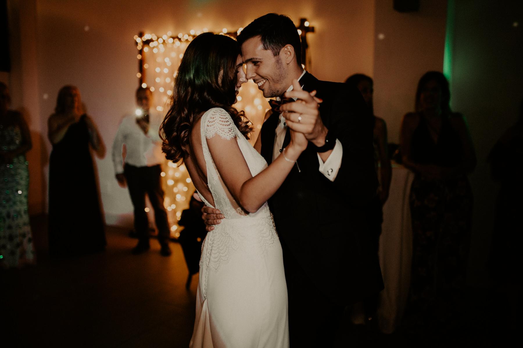 alt_thenortherngirlphotography_couples_weddingphotographer_photographer_wedding_boda_fotografodebodas_fotografobodasbarcelona_bodaindie_bodasconestilo_bodaensantperedeclara_jennifermiguel-967.jpg