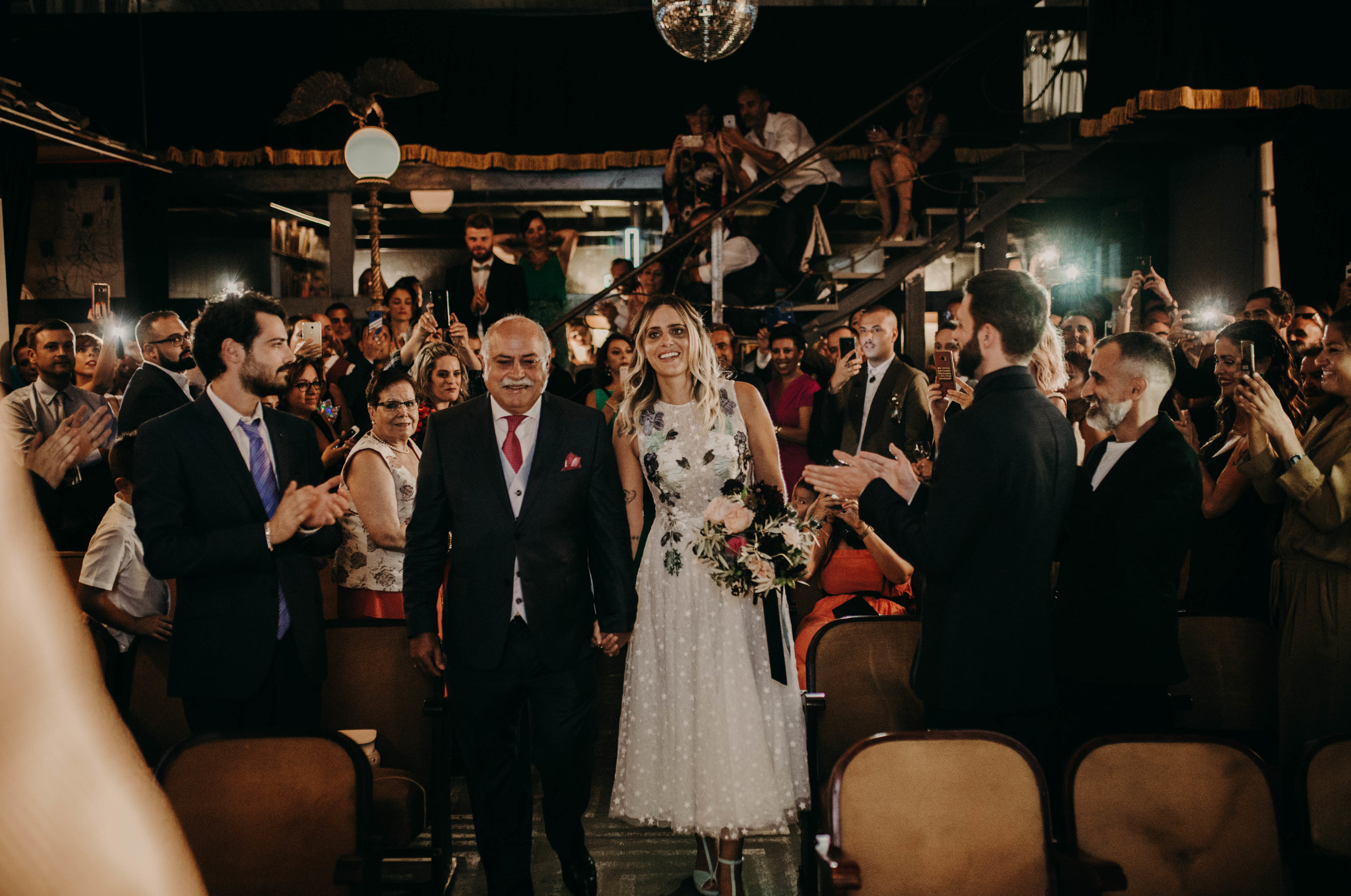 thenortherngirlphotography_bodasindustriales_bodasdiferentes_weddingphotographer_spanishphotographer_spanisgweddingphotographer_happyendings_mercantic_elsiglomercantic_antichrist_love_neon_weddingtattoo_CYNTHIAMANOLO-319.jpg