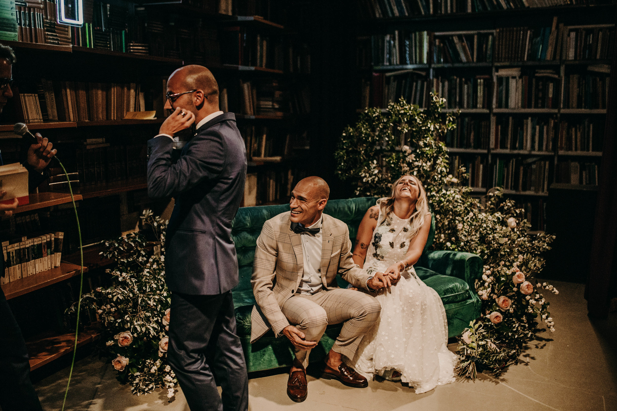 thenortherngirlphotography_bodasindustriales_bodasdiferentes_weddingphotographer_spanishphotographer_spanisgweddingphotographer_happyendings_mercantic_elsiglomercantic_antichrist_love_neon_weddingtattoo_CYNTHIAMANOLO-343.jpg