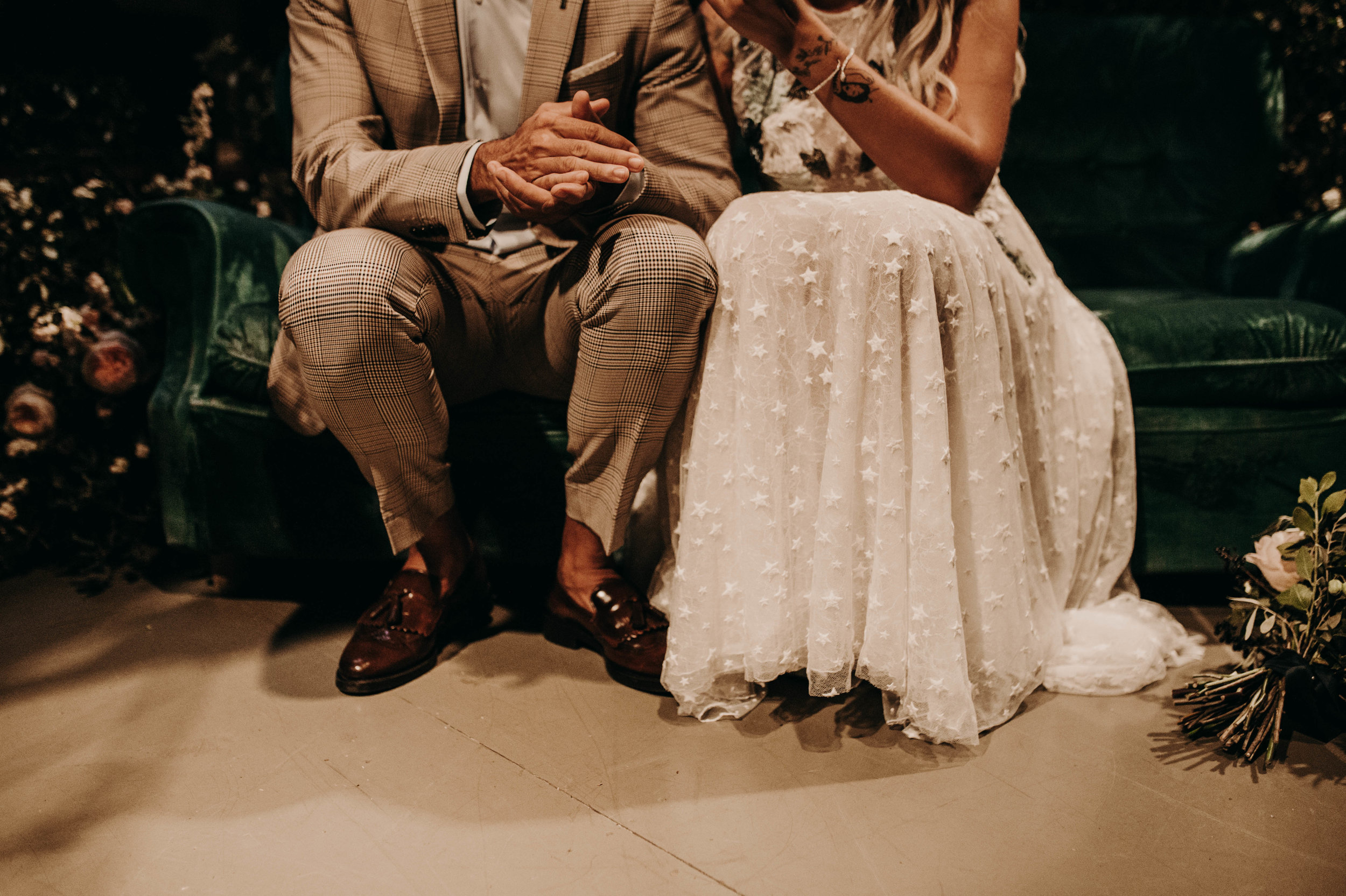 thenortherngirlphotography_bodasindustriales_bodasdiferentes_weddingphotographer_spanishphotographer_spanisgweddingphotographer_happyendings_mercantic_elsiglomercantic_antichrist_love_neon_weddingtattoo_CYNTHIAMANOLO-380.jpg