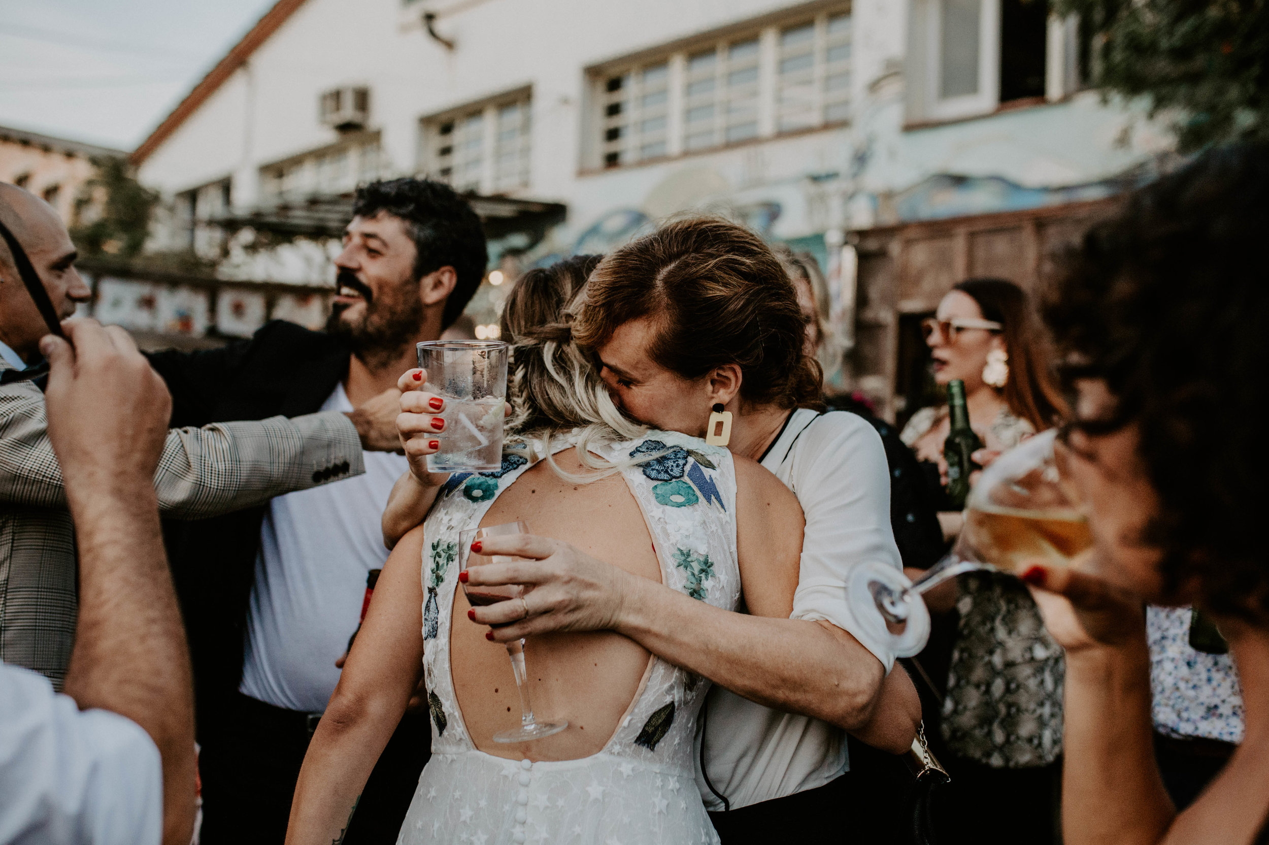 thenortherngirlphotography_bodasindustriales_bodasdiferentes_weddingphotographer_spanishphotographer_spanisgweddingphotographer_happyendings_mercantic_elsiglomercantic_antichrist_love_neon_weddingtattoo_CYNTHIAMANOLO-537.jpg