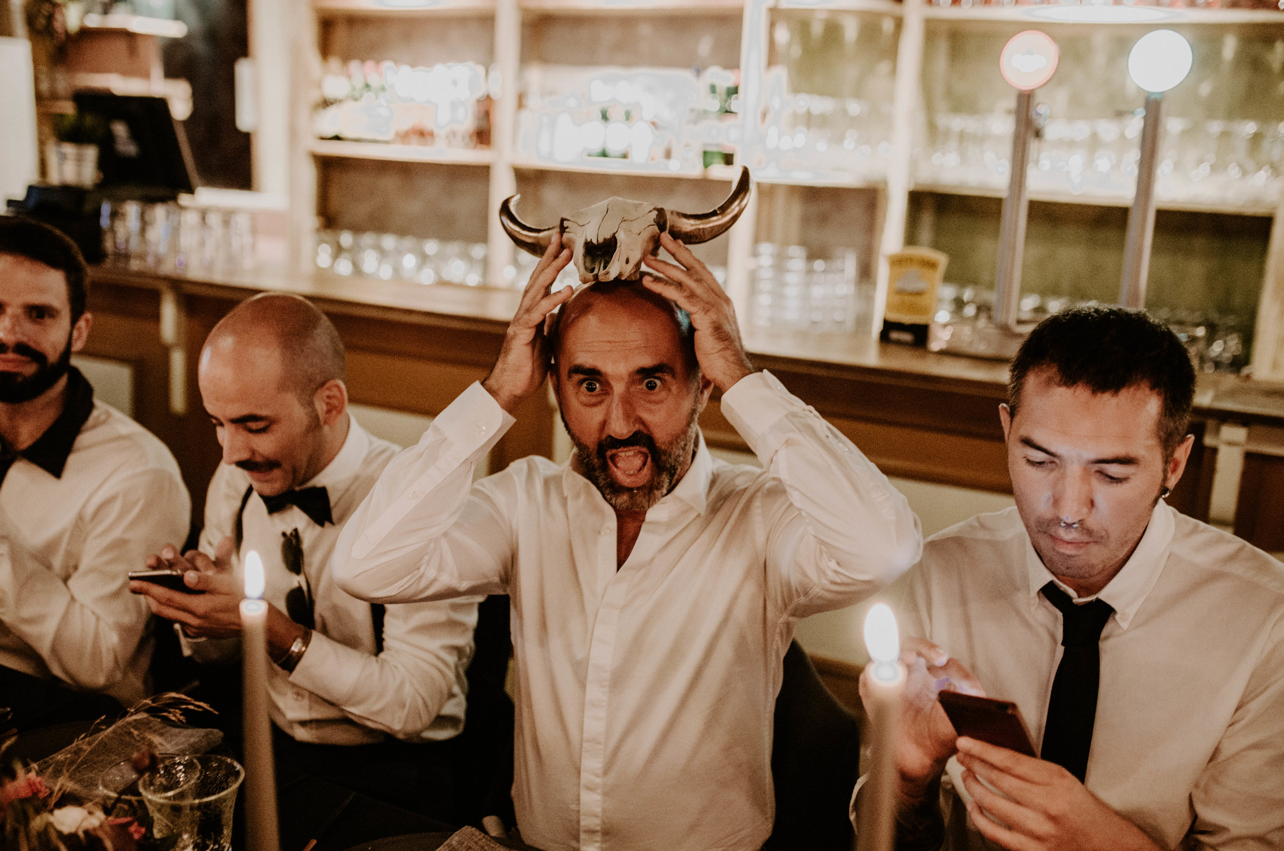 thenortherngirlphotography_bodasindustriales_bodasdiferentes_weddingphotographer_spanishphotographer_spanisgweddingphotographer_happyendings_mercantic_elsiglomercantic_antichrist_love_neon_weddingtattoo_CYNTHIAMANOLO-707.jpg