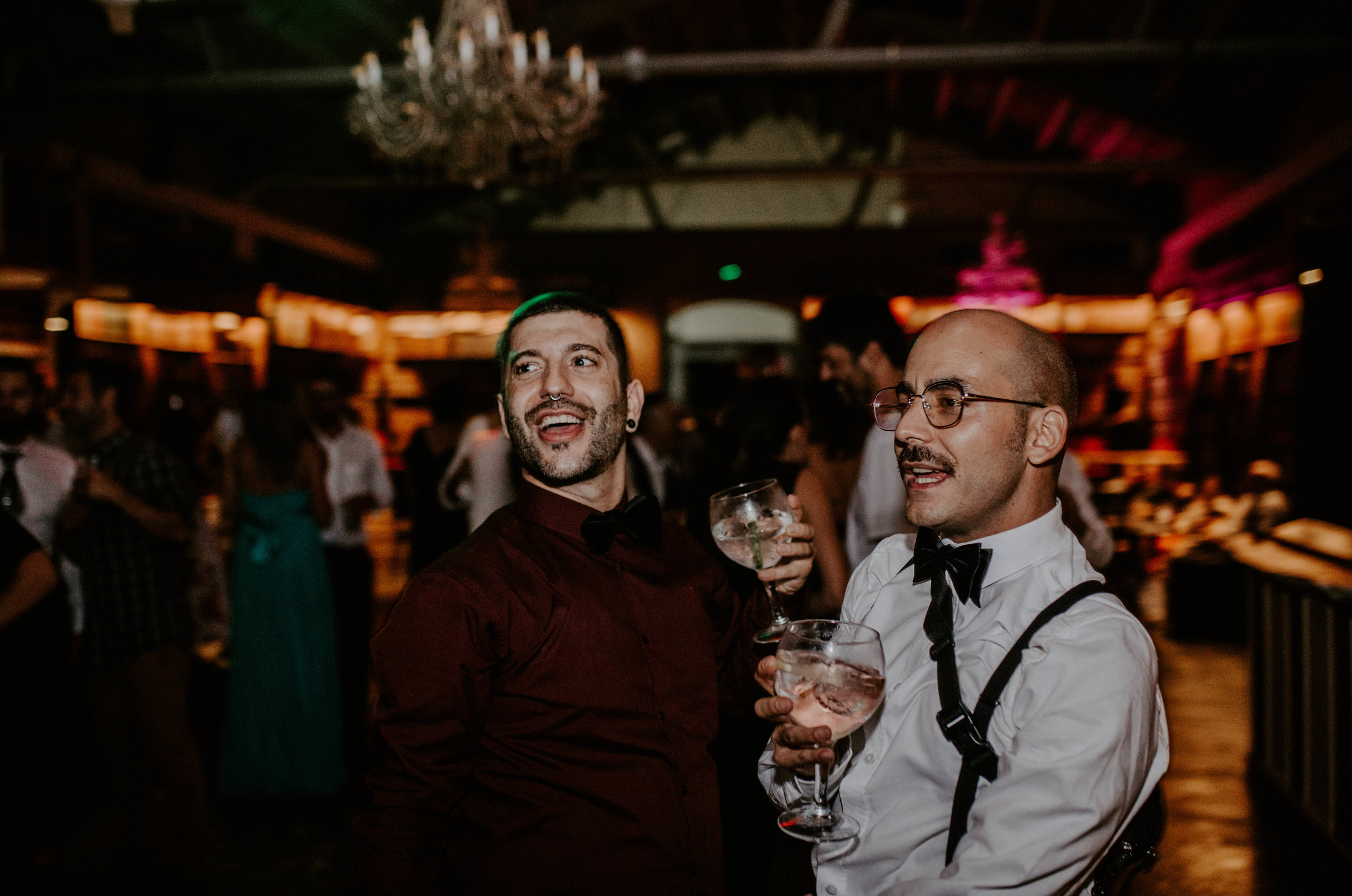 thenortherngirlphotography_bodasindustriales_bodasdiferentes_weddingphotographer_spanishphotographer_spanisgweddingphotographer_happyendings_mercantic_elsiglomercantic_antichrist_love_neon_weddingtattoo_CYNTHIAMANOLO-995.jpg