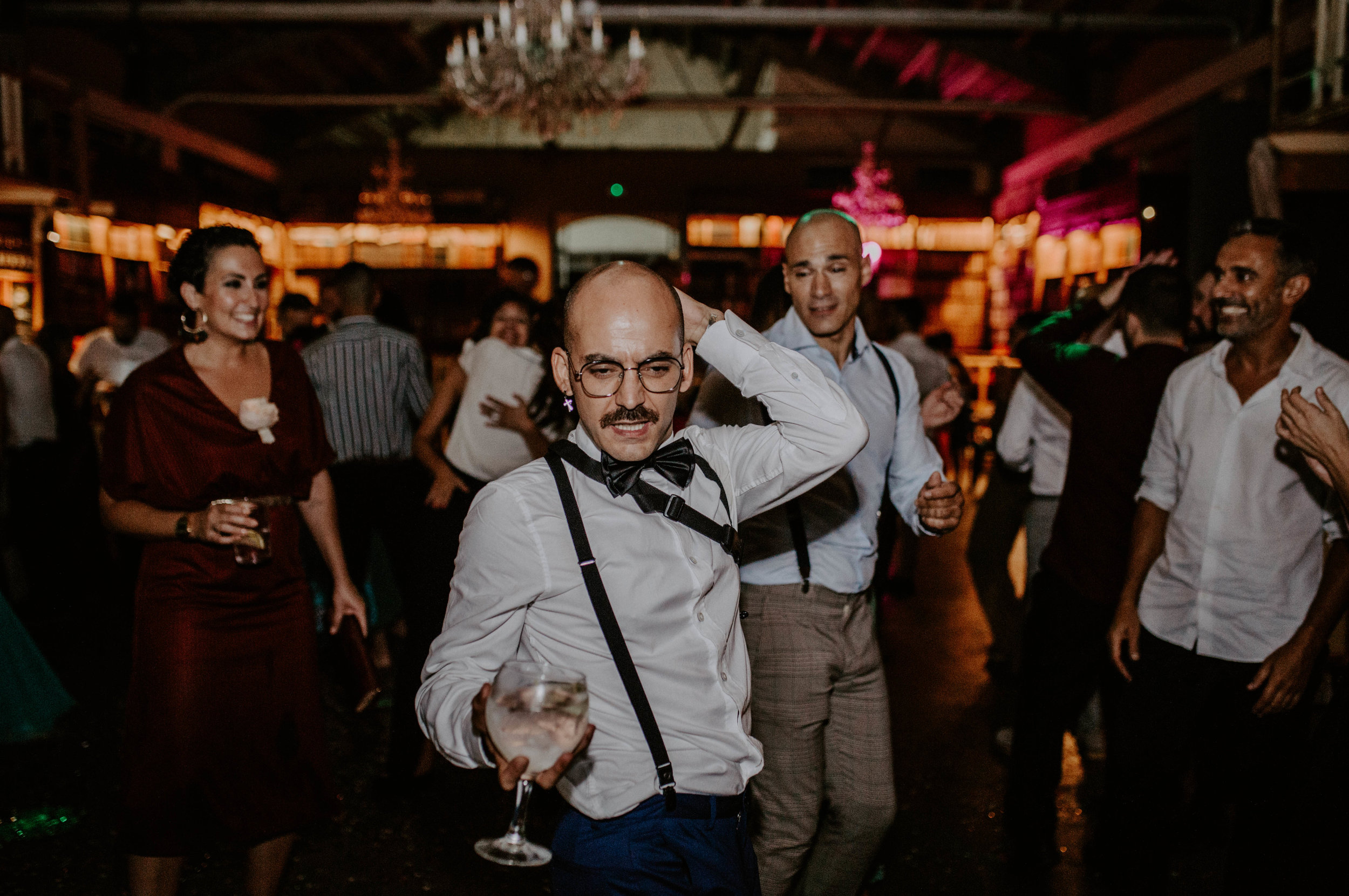 thenortherngirlphotography_bodasindustriales_bodasdiferentes_weddingphotographer_spanishphotographer_spanisgweddingphotographer_happyendings_mercantic_elsiglomercantic_antichrist_love_neon_weddingtattoo_CYNTHIAMANOLO-1041.jpg