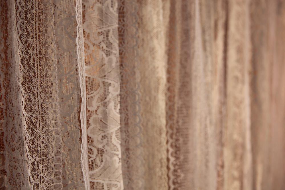 Long Lace Backdrop