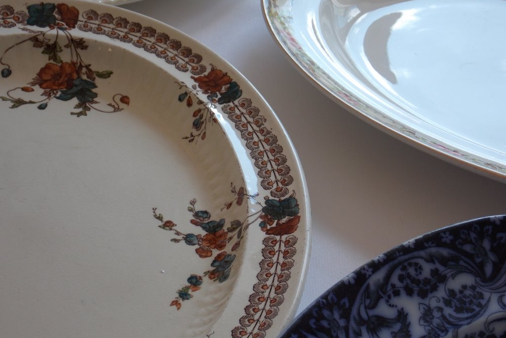 China Serving Plates