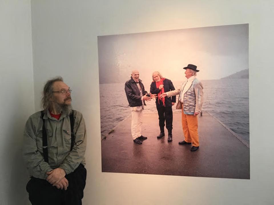 Fridtjov Urdal, med foto teke av Oddleiv Apneseth, Kjartan Slettemark, Oddvar Torsheim og Ludvig Eikaas, 2001.