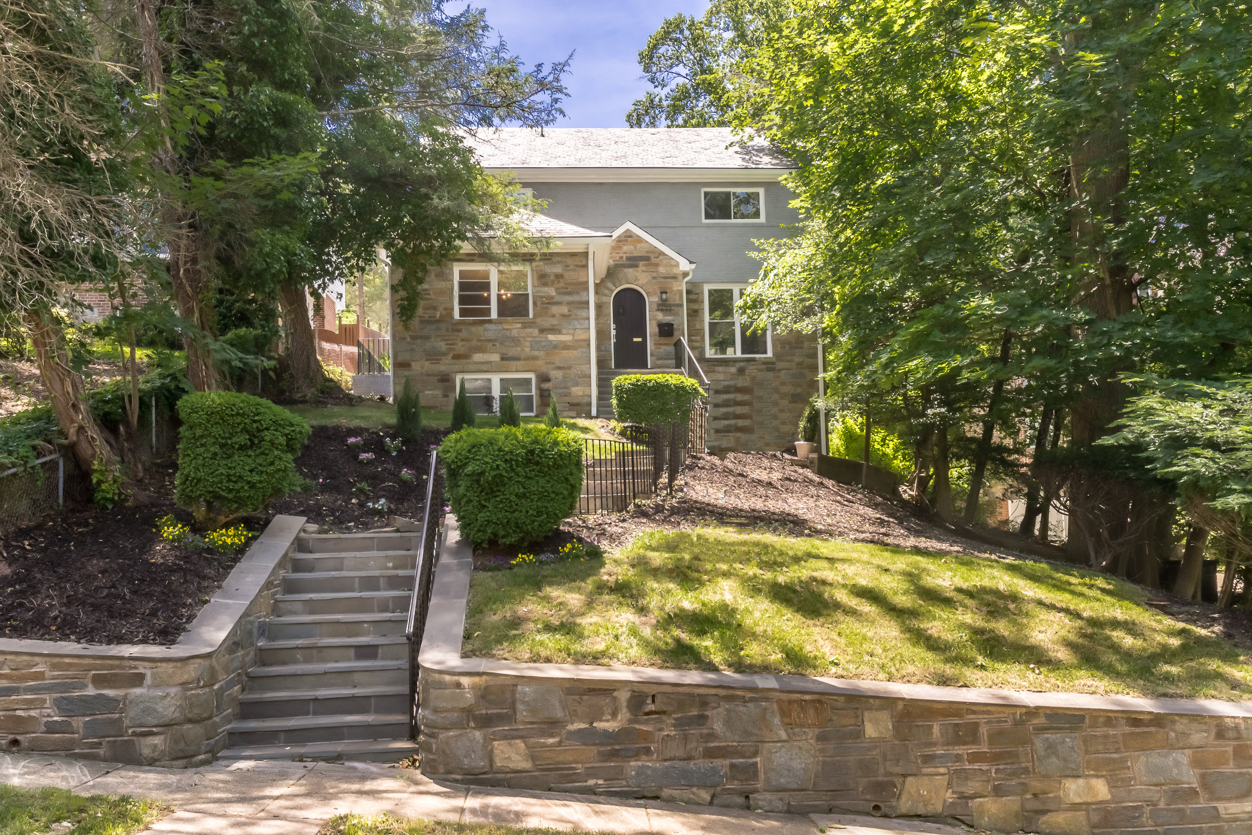 1622 Juniper - COLONIAL HIEGHTS