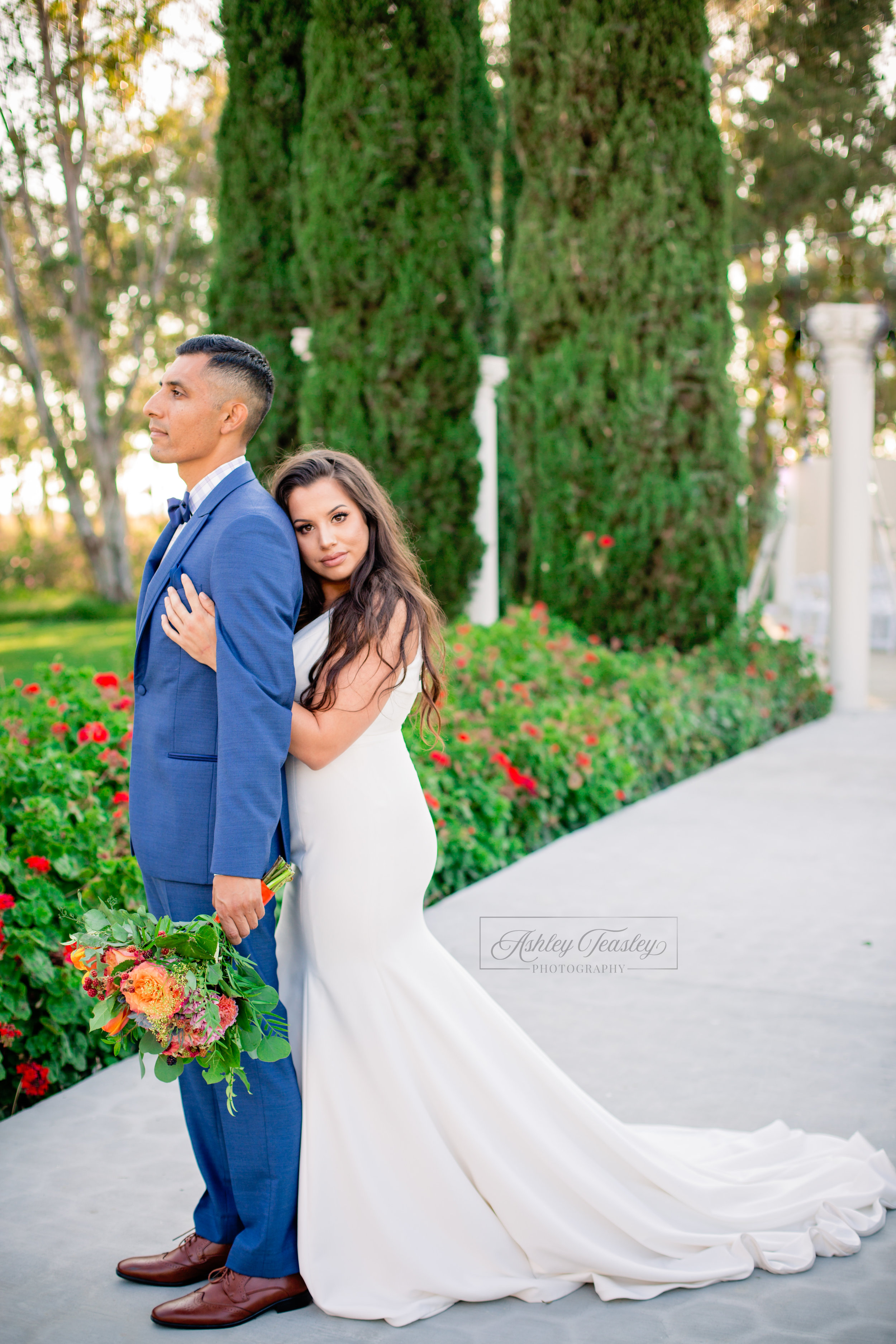Social Media - Belle Vie - Sacramento Wedding Photographer - Ashley Teasley Photography (8 of 13).jpg
