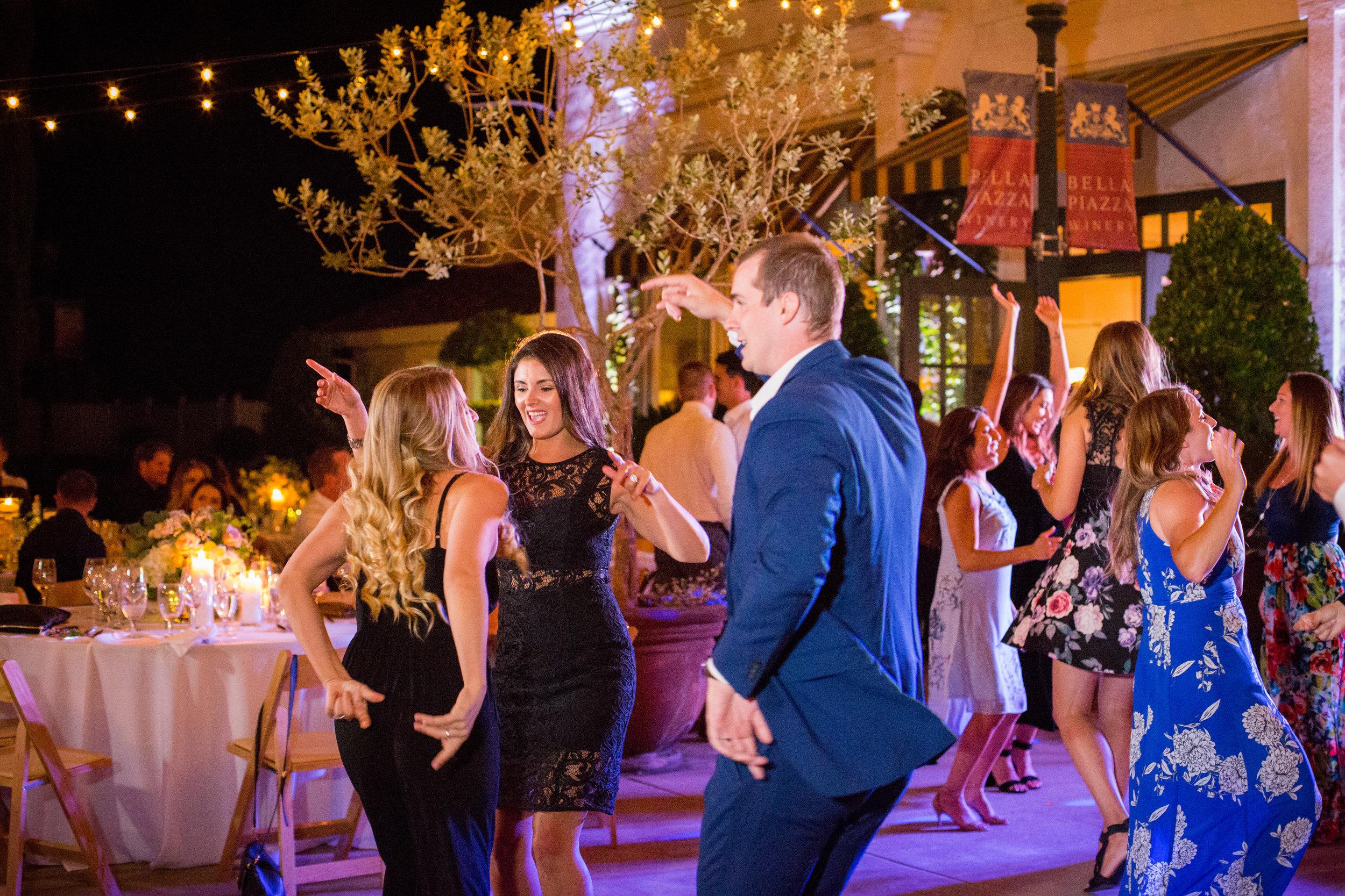 2 Jamie  Cameron - Bella Piazza Winery -  Sacramento Wedding Photographer - Ashley Teasley Photography (155 of 279).jpg