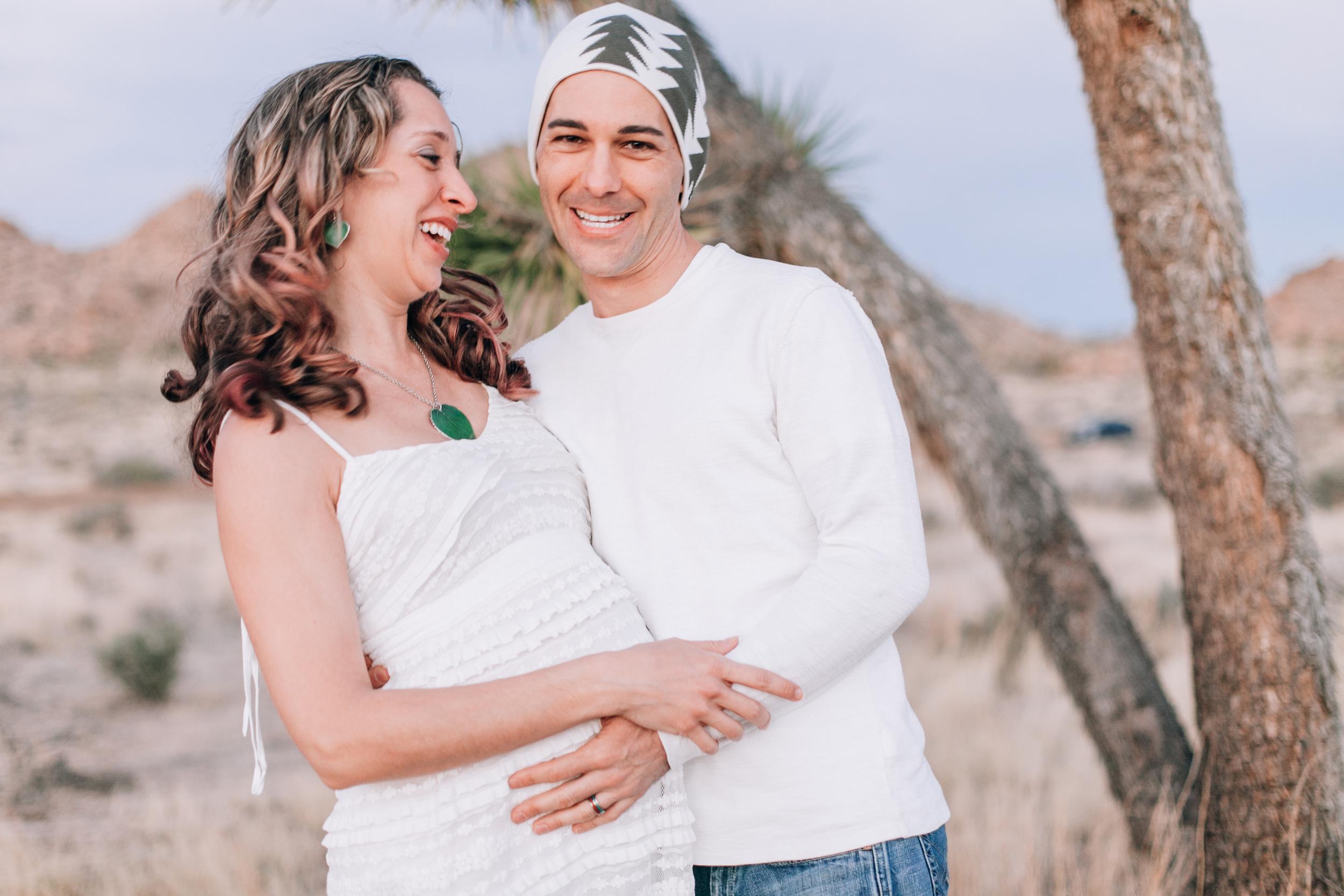 KaraNixonWeddings-JoshuaTree-Maternity-8.jpg