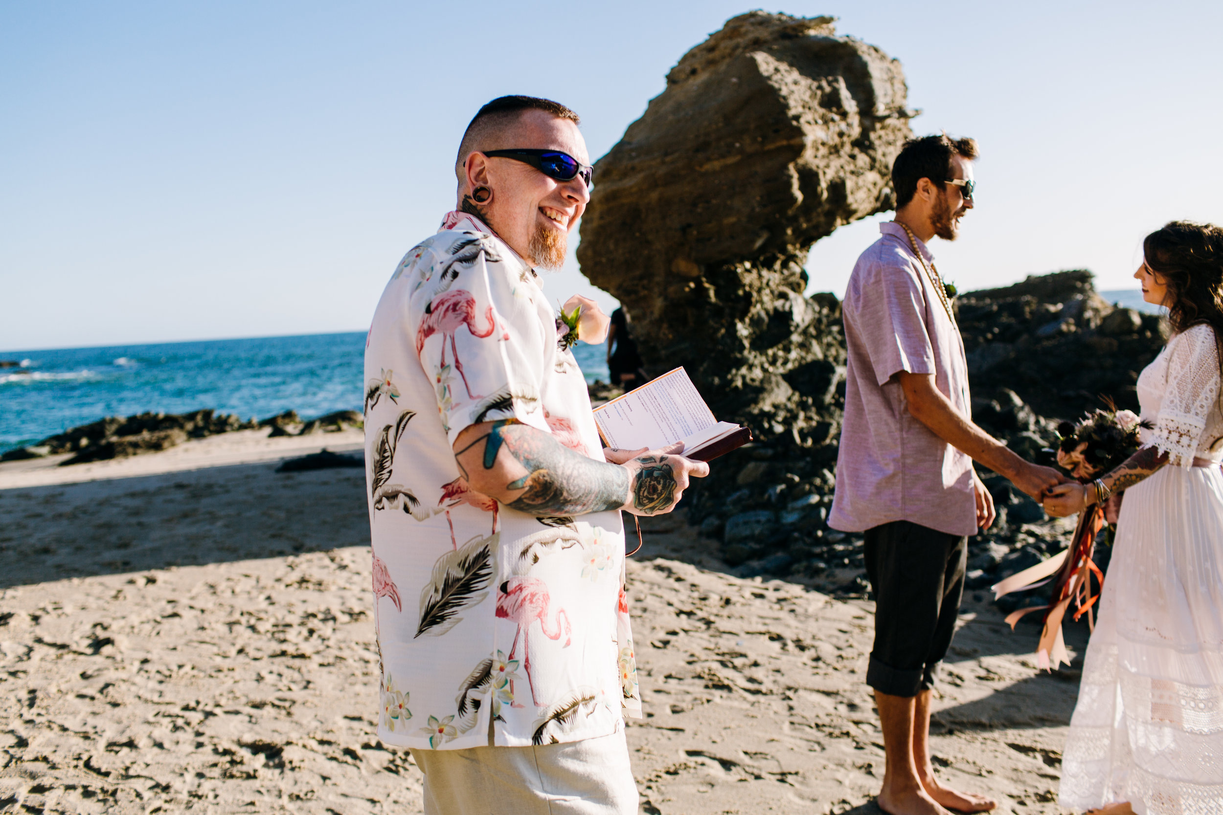 KaraNixonWeddings-LagunaBeach-Tablerock-Elopement-9.jpg