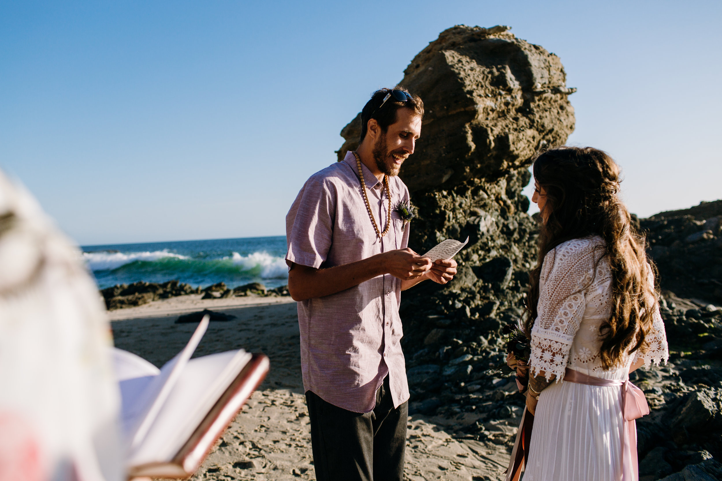 KaraNixonWeddings-LagunaBeach-Tablerock-Elopement-12.jpg