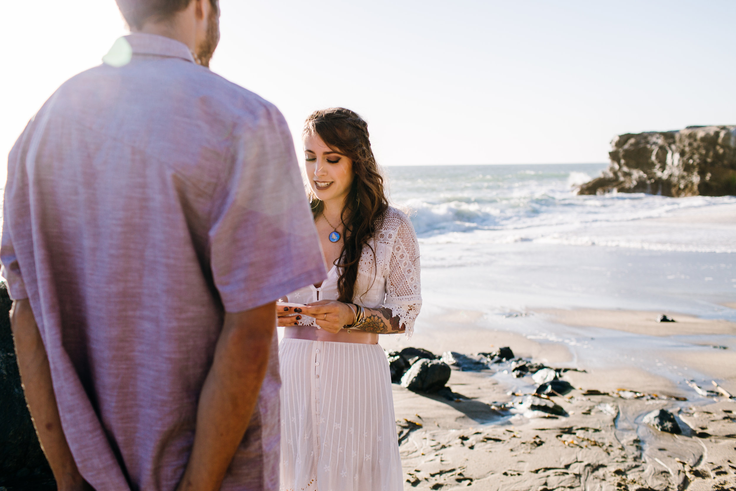 KaraNixonWeddings-LagunaBeach-Tablerock-Elopement-14.jpg
