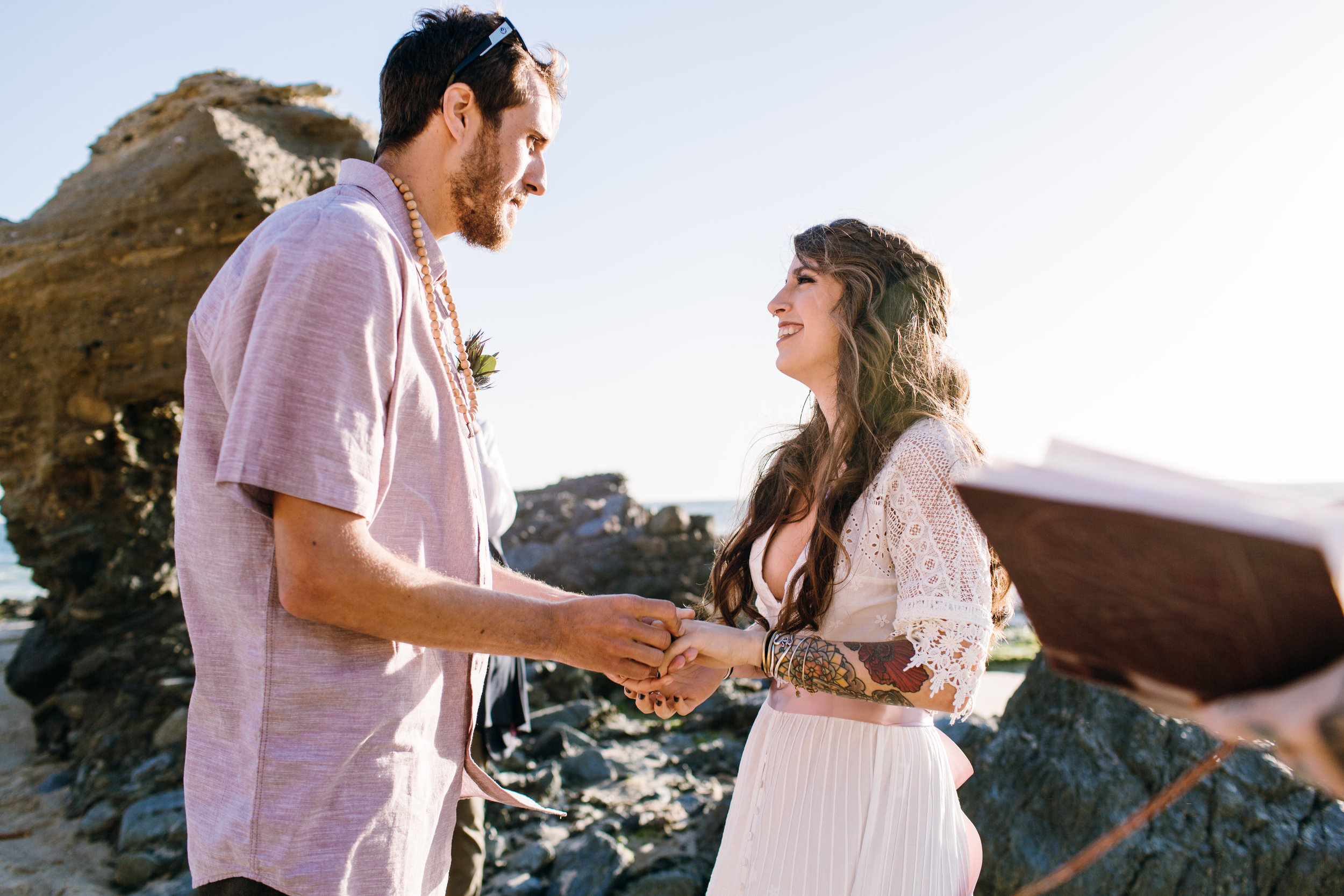 KaraNixonWeddings-LagunaBeach-Tablerock-Elopement-17.jpg