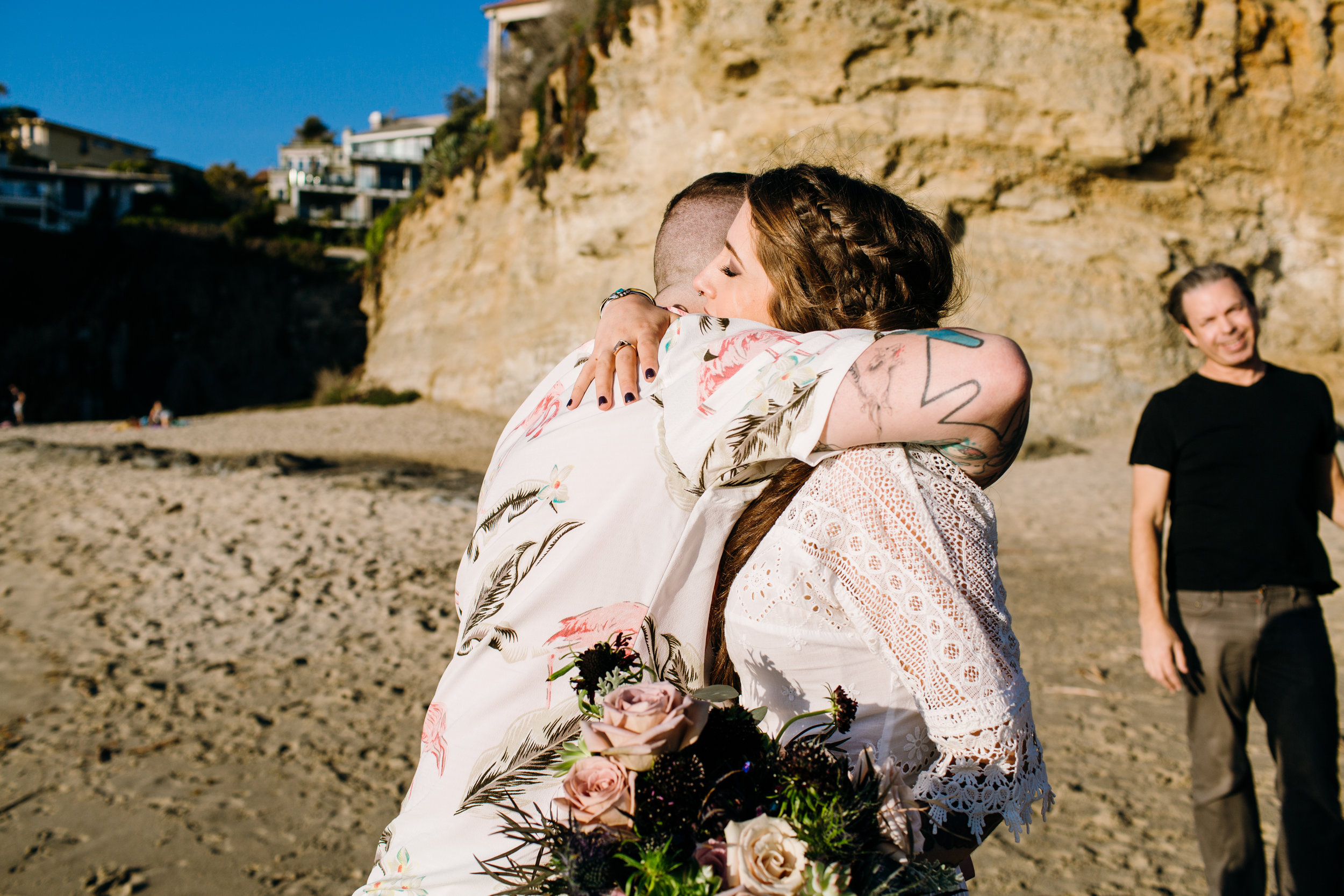KaraNixonWeddings-LagunaBeach-Tablerock-Elopement-24.jpg