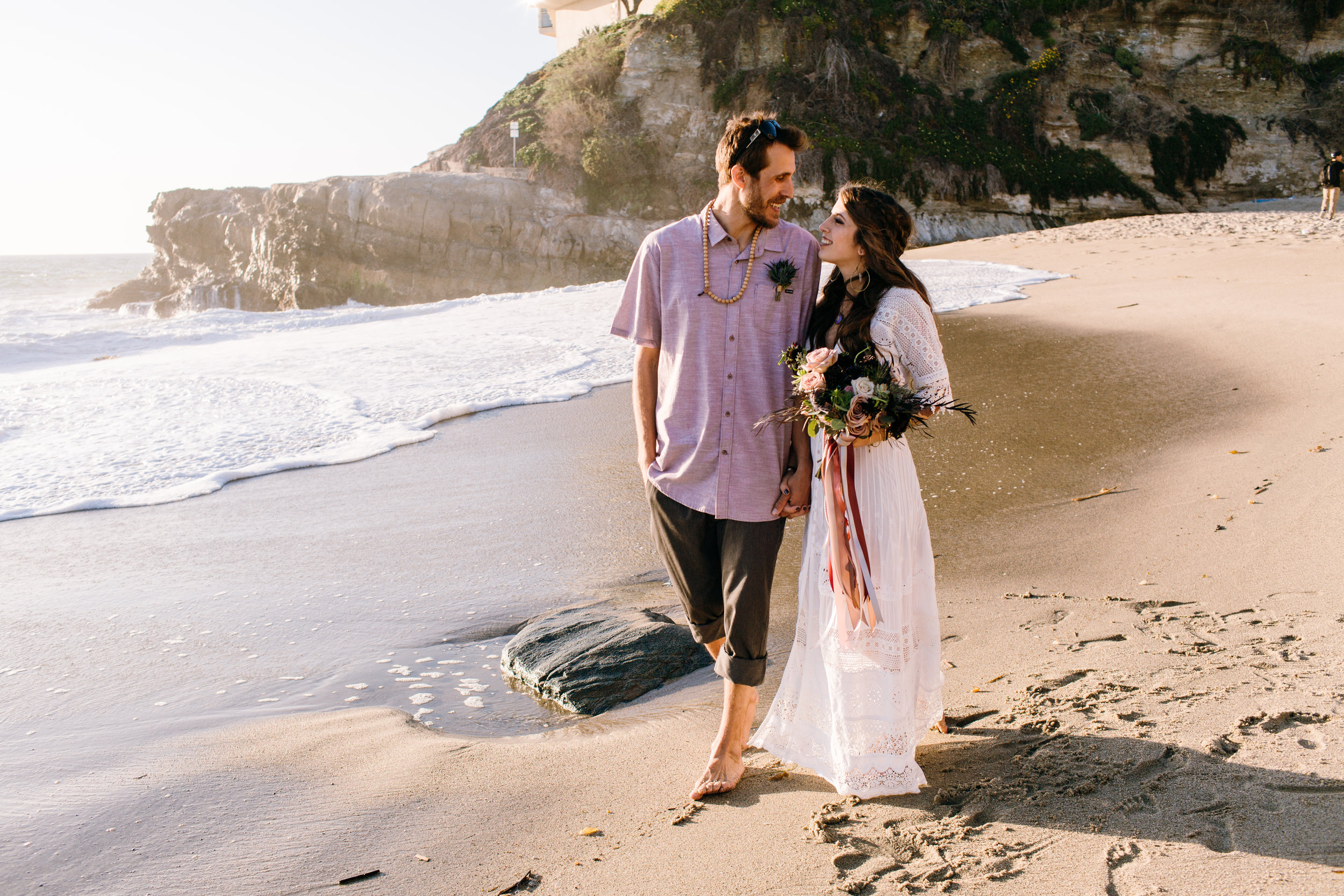 KaraNixonWeddings-LagunaBeach-Tablerock-Elopement-37.jpg