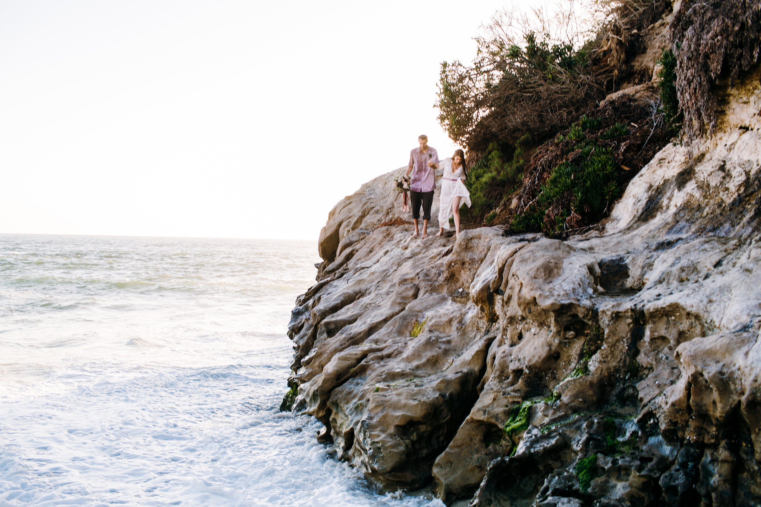 KaraNixonWeddings-LagunaBeach-Tablerock-Elopement-67.jpg