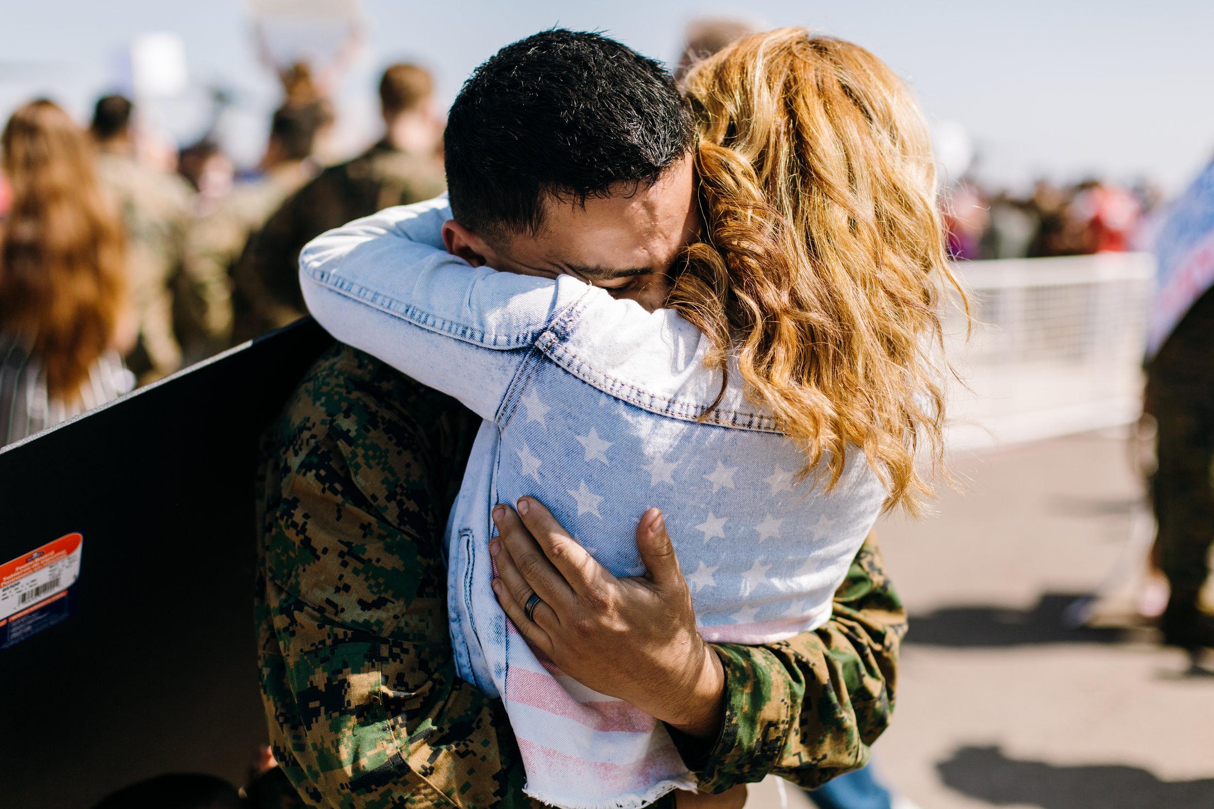 KaraNixonWeddings-SanDiego-MilitaryHomecoming-21.jpg