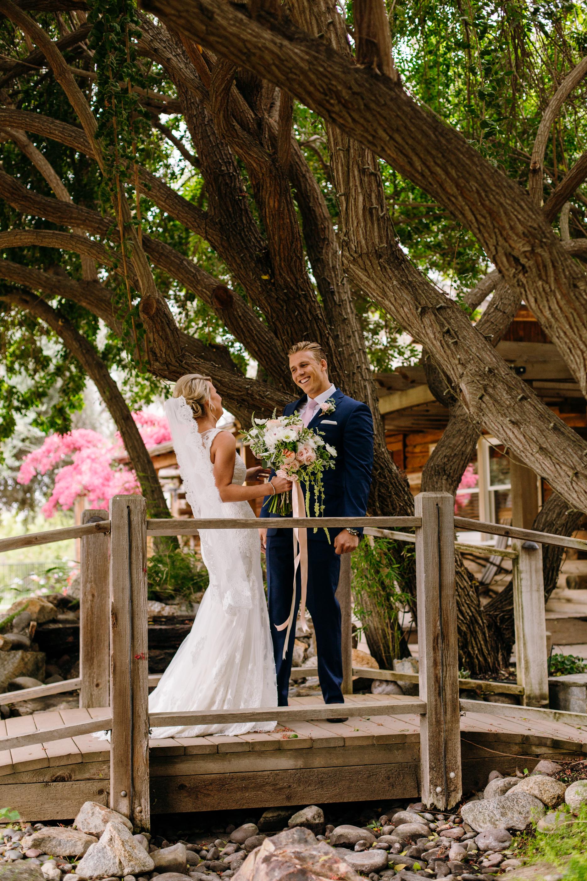 KaraNixonWeddings-LakeOakMeadows-Temecula-Wedding-16.jpg