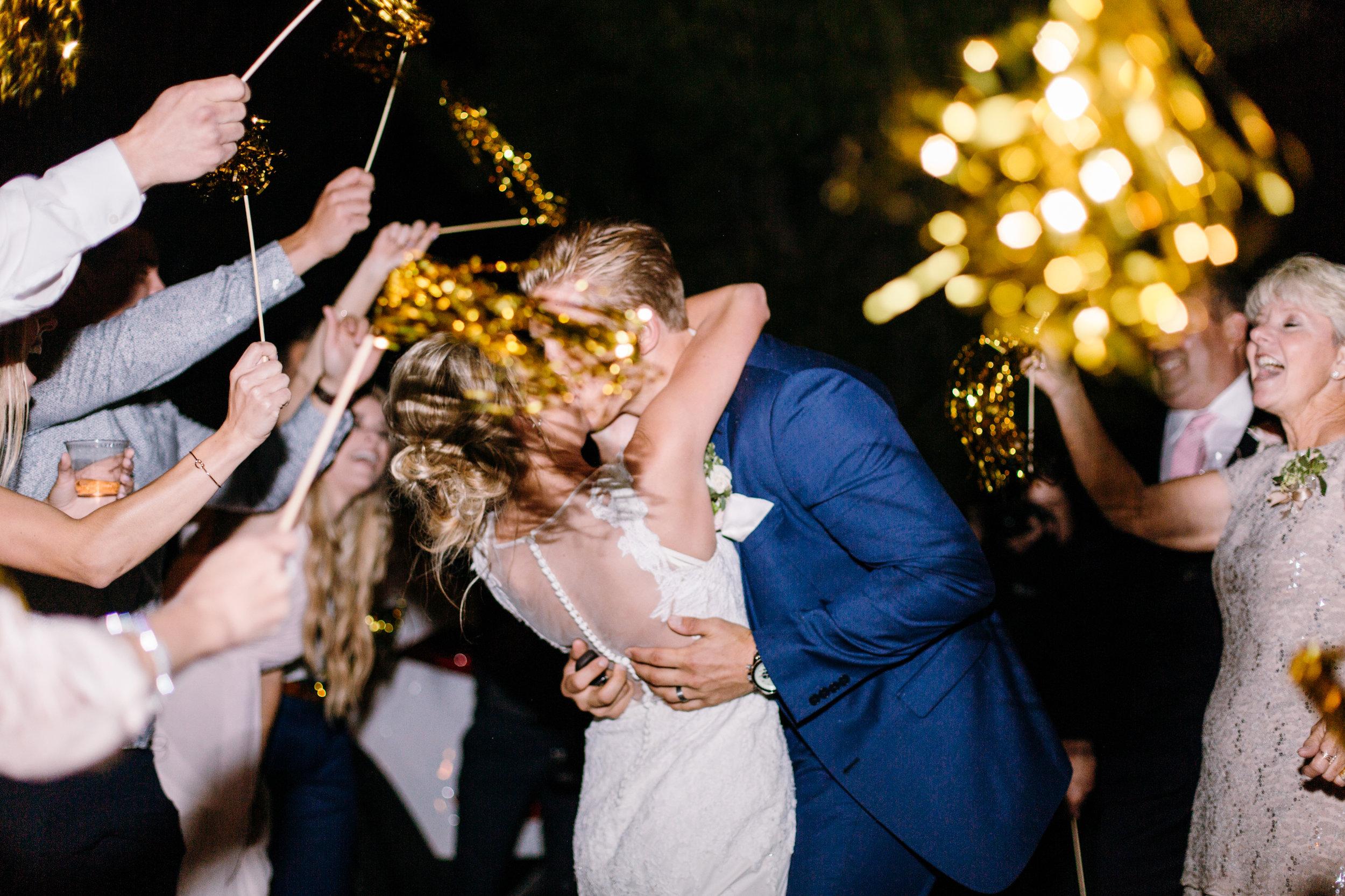 KaraNixonWeddings-LakeOakMeadows-Temecula-Wedding-60.jpg