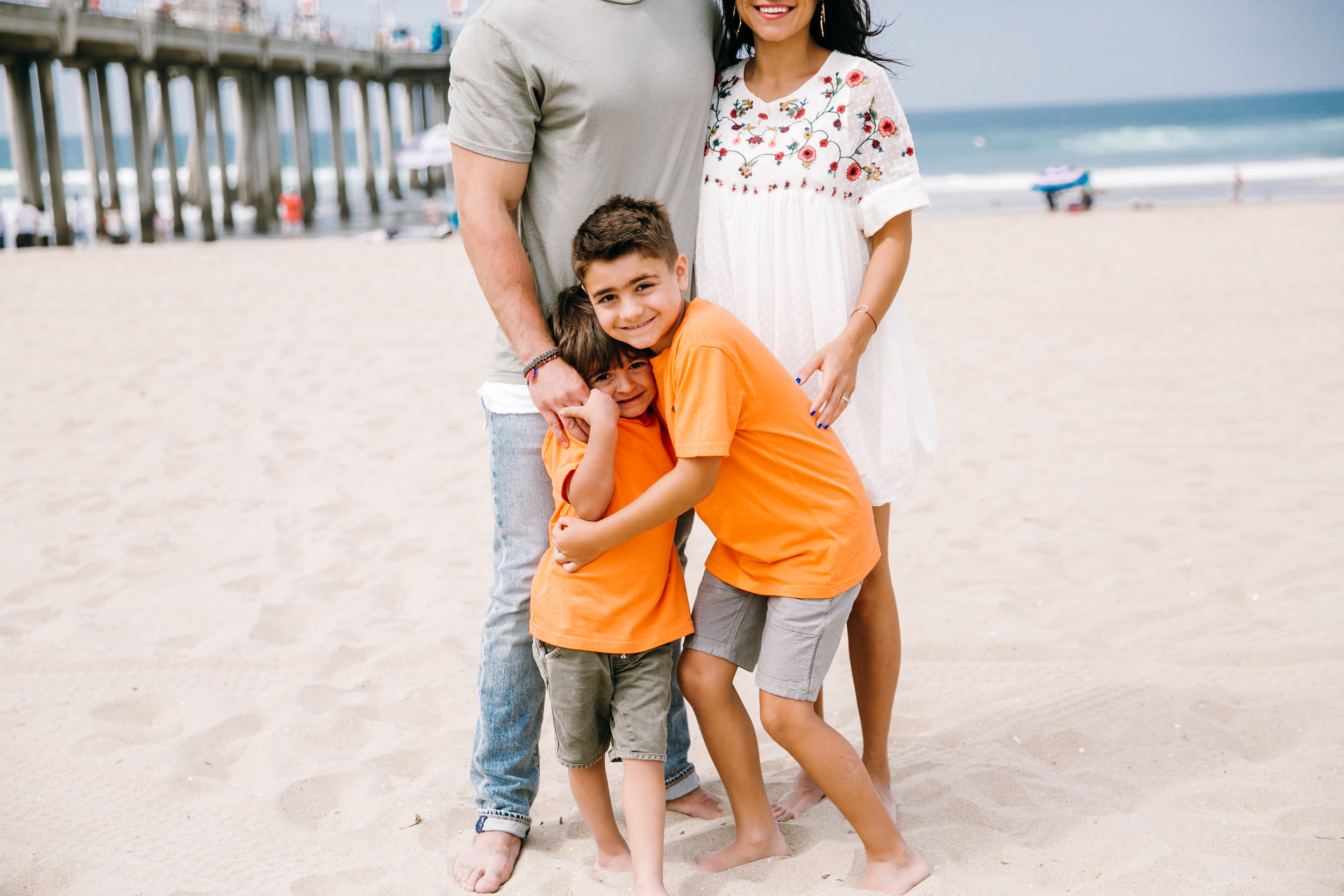 KaraNixonWeddings-HuntingtonBeach-FamilyPhotos-5.jpg