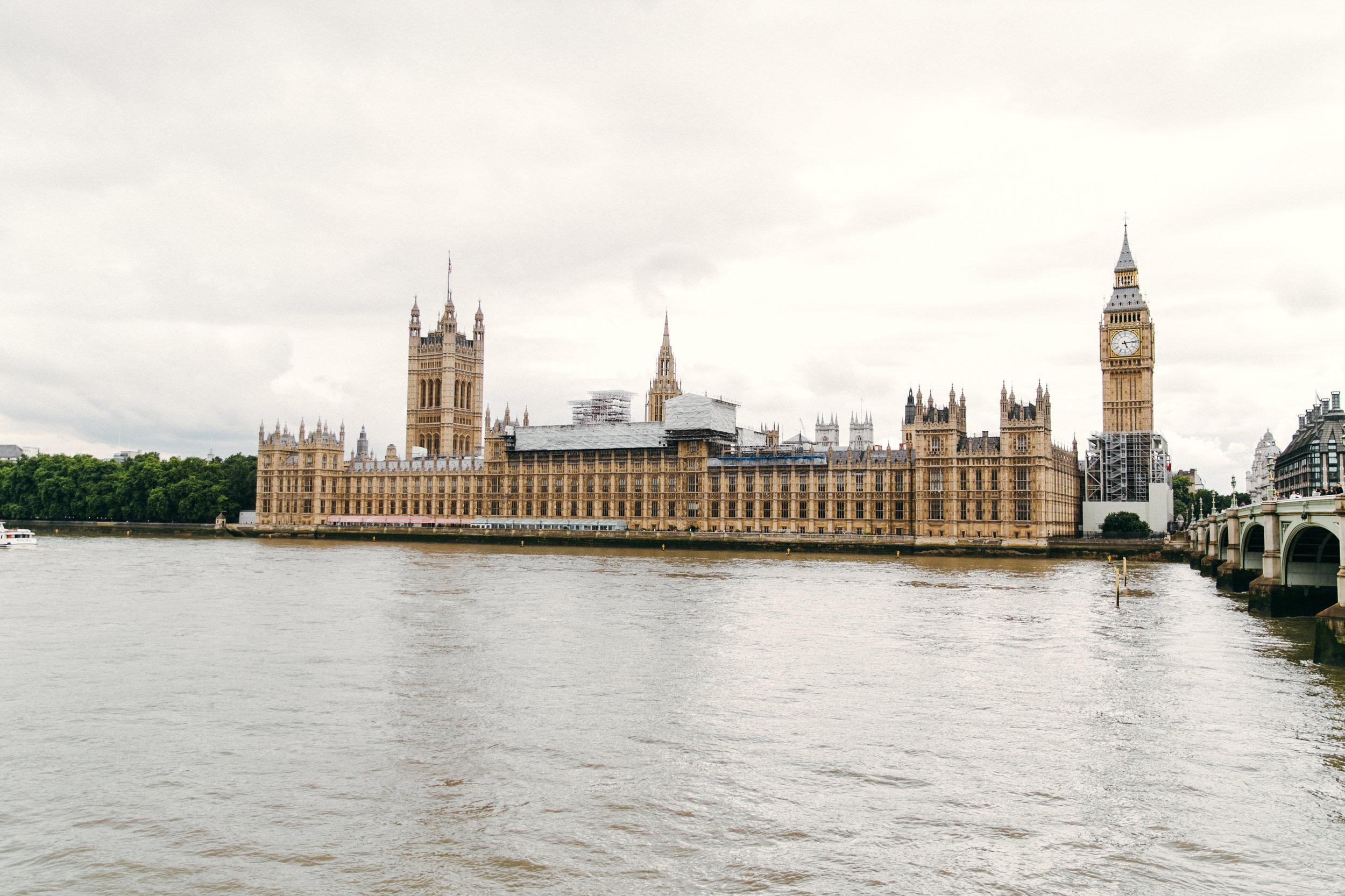 KaraNixonWeddings-LondonEye-Westminster-Engagement-19.jpg