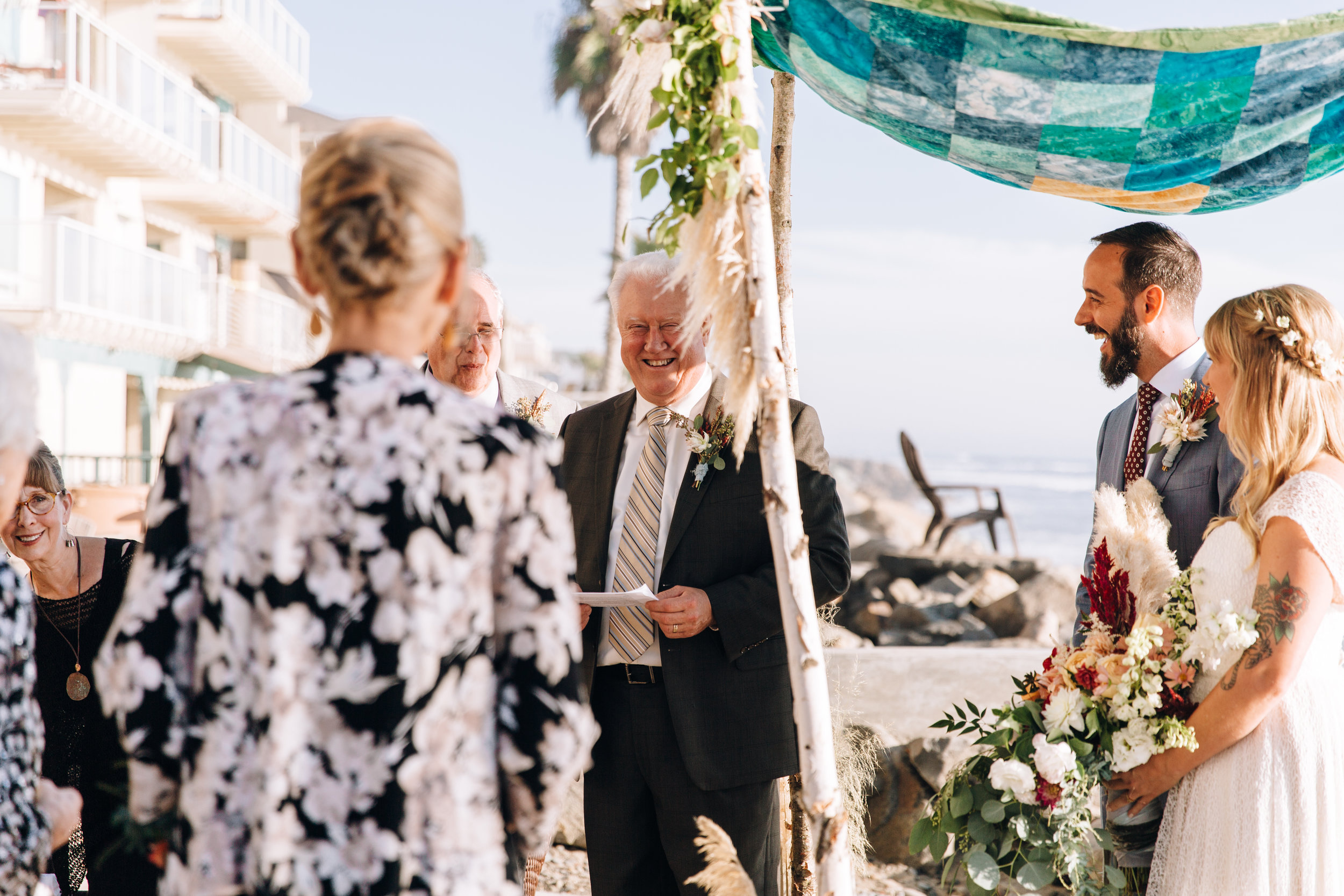 KaraNixonWeddings-Oceanside-Elopement-11.jpg