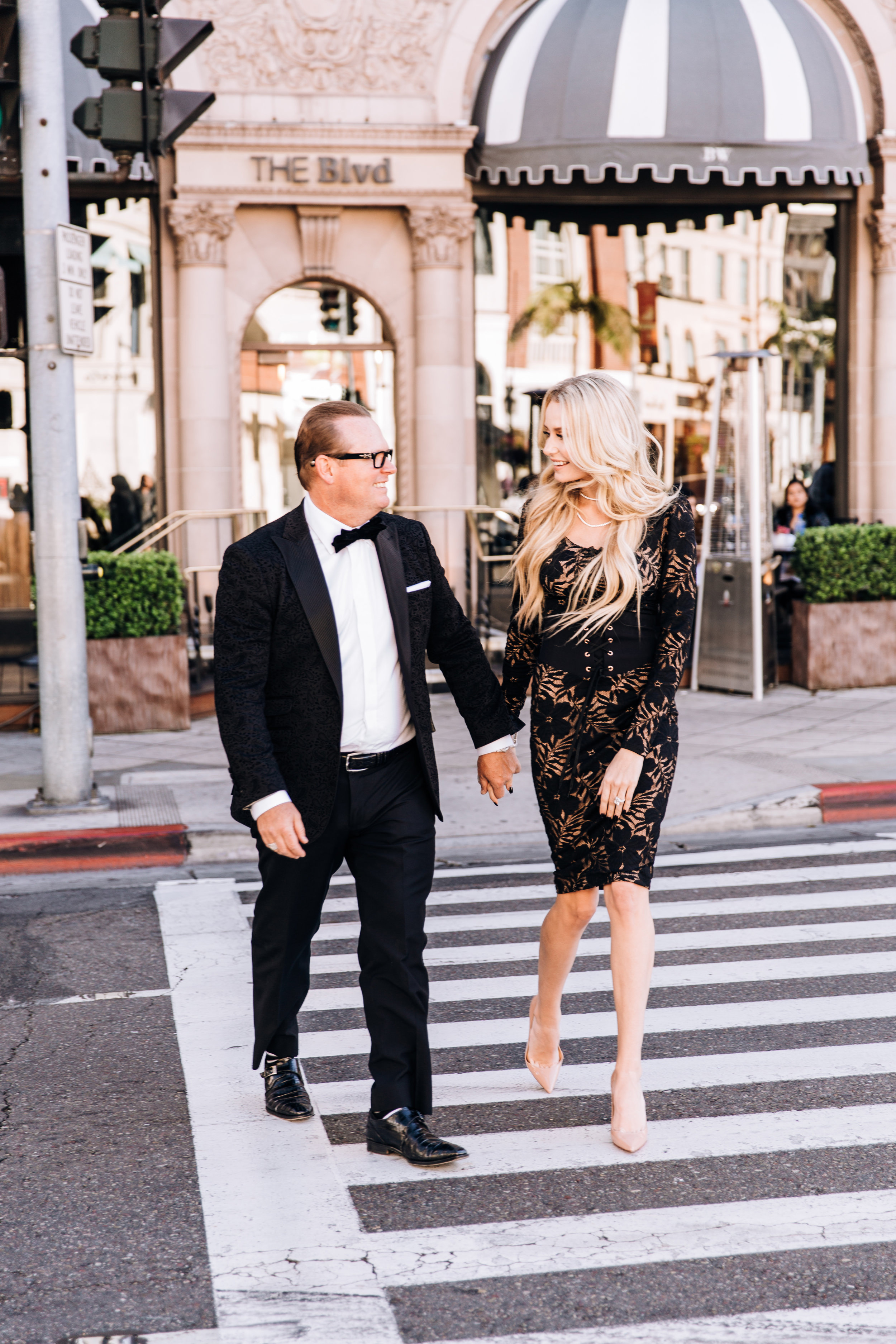 KaraNixonWeddings-BeverlyHills-RodeoDr-Engagement-15.jpg
