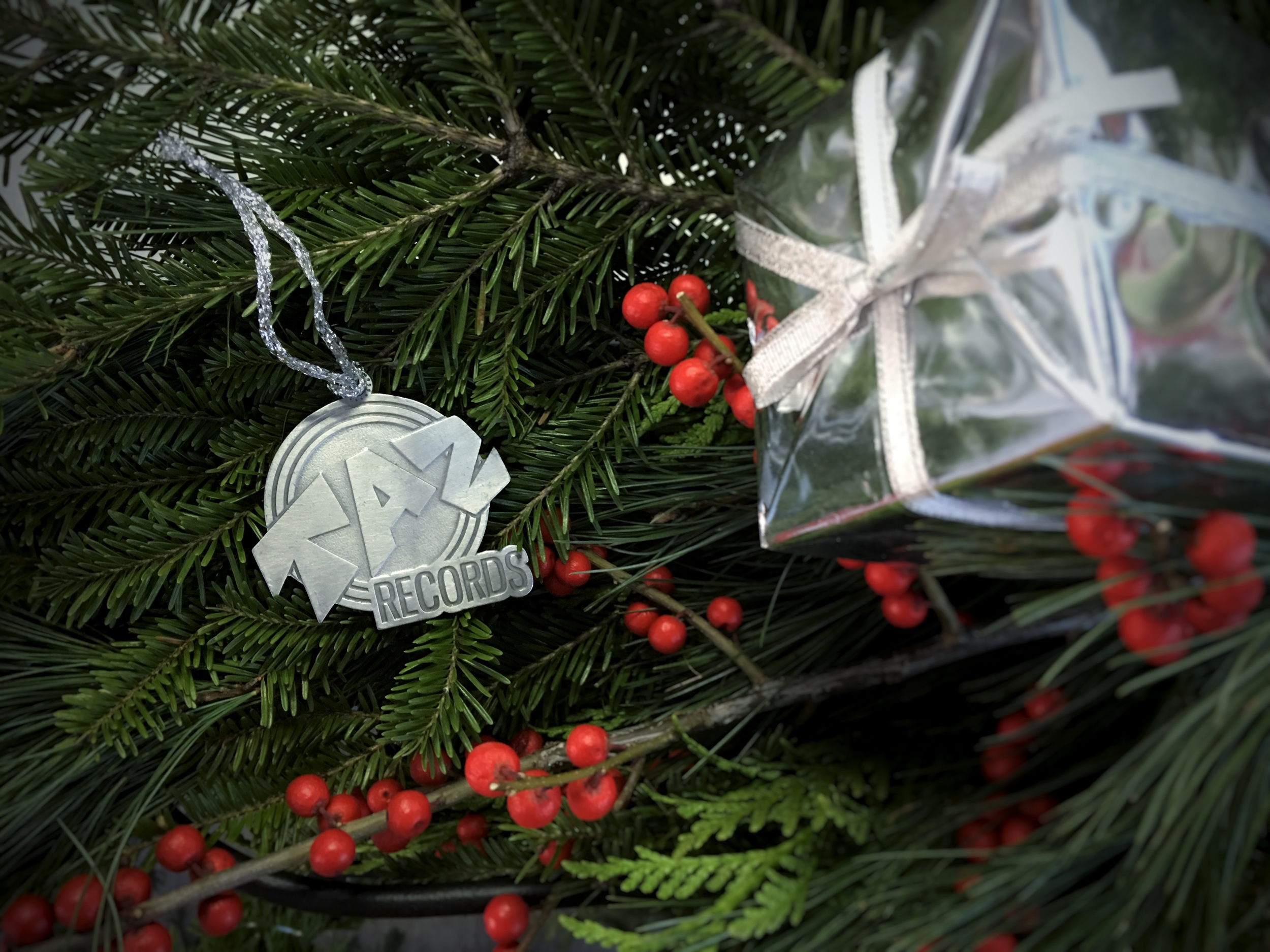 taz ornament.jpg