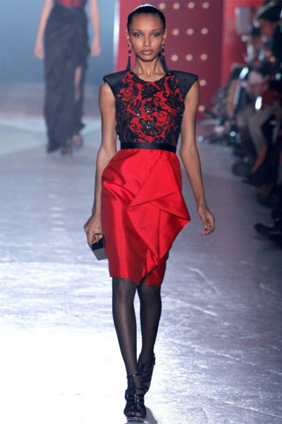 Red and black lace dress in Jason Wu, inspiration from China