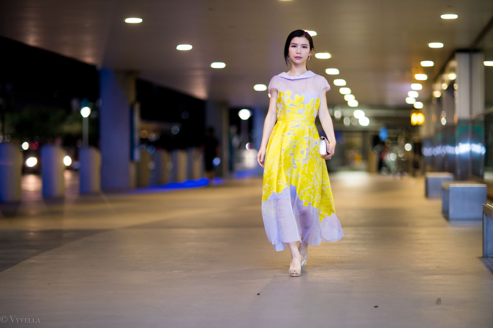 looks_floral-dress-for-wedding_05.jpg