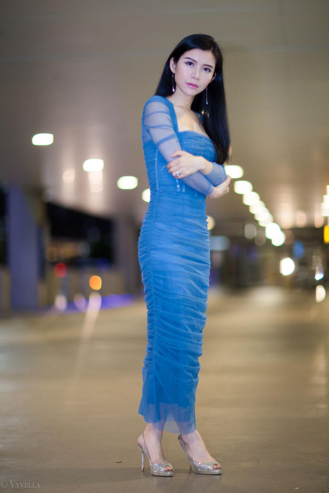 looks_petrol-blue-dress_02.jpg