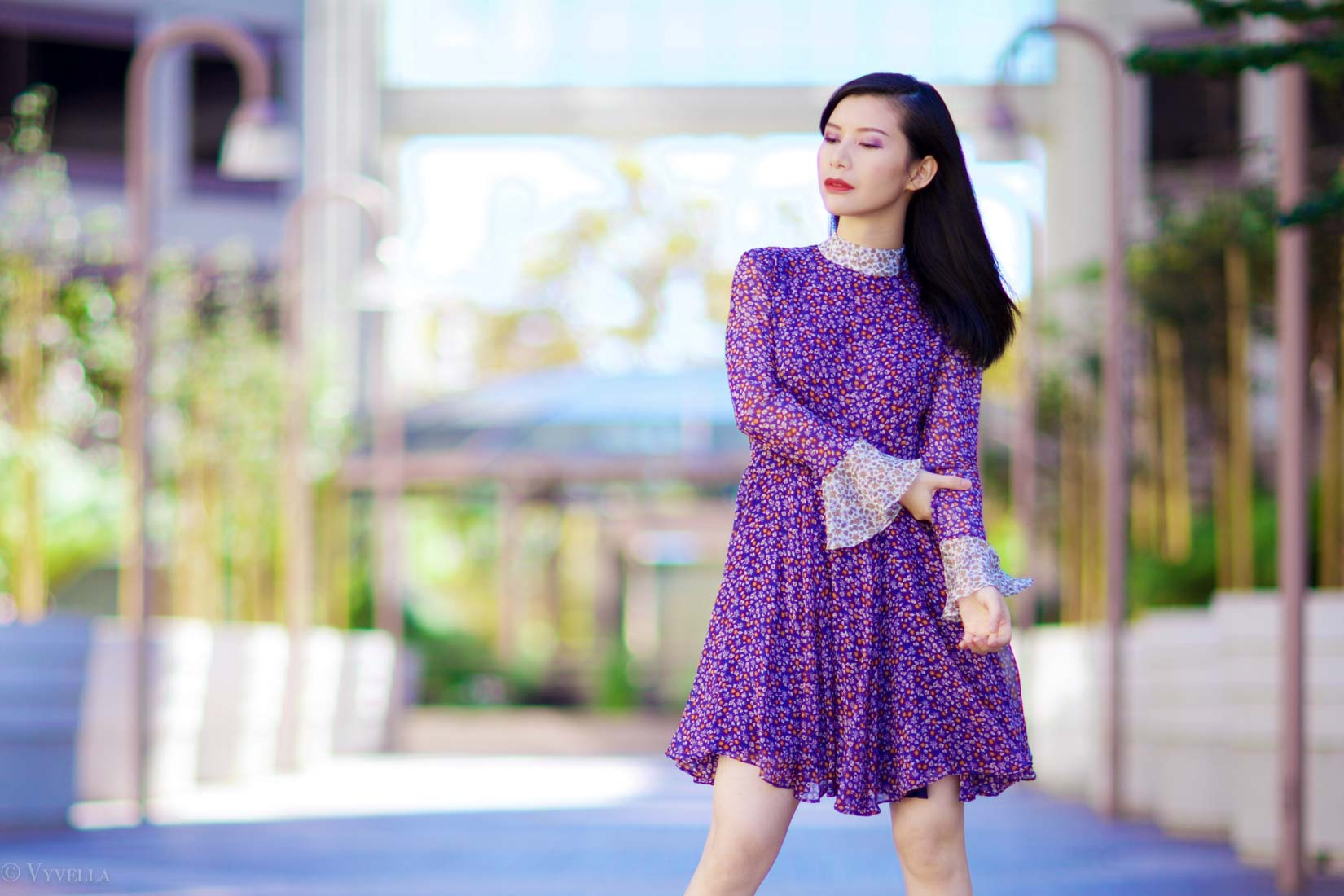 looks_purple-floral-dress_03.jpg
