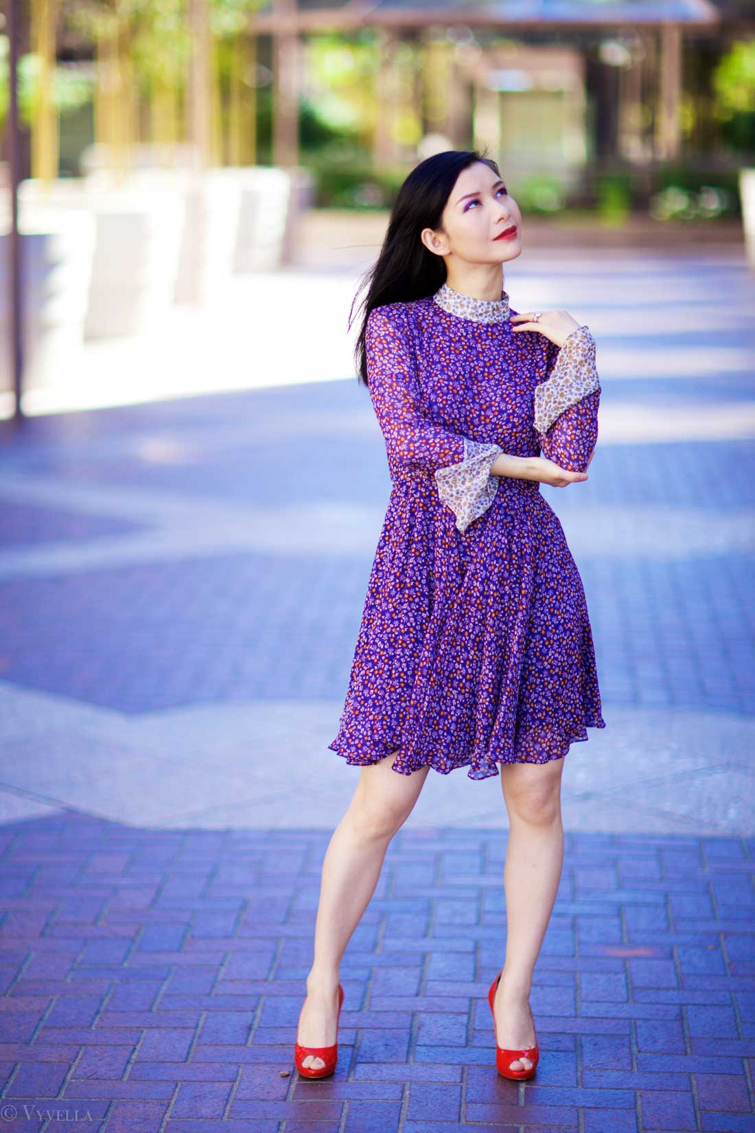 looks_purple-floral-dress_07.jpg
