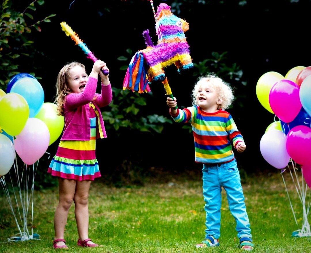 The Pinata and children playing