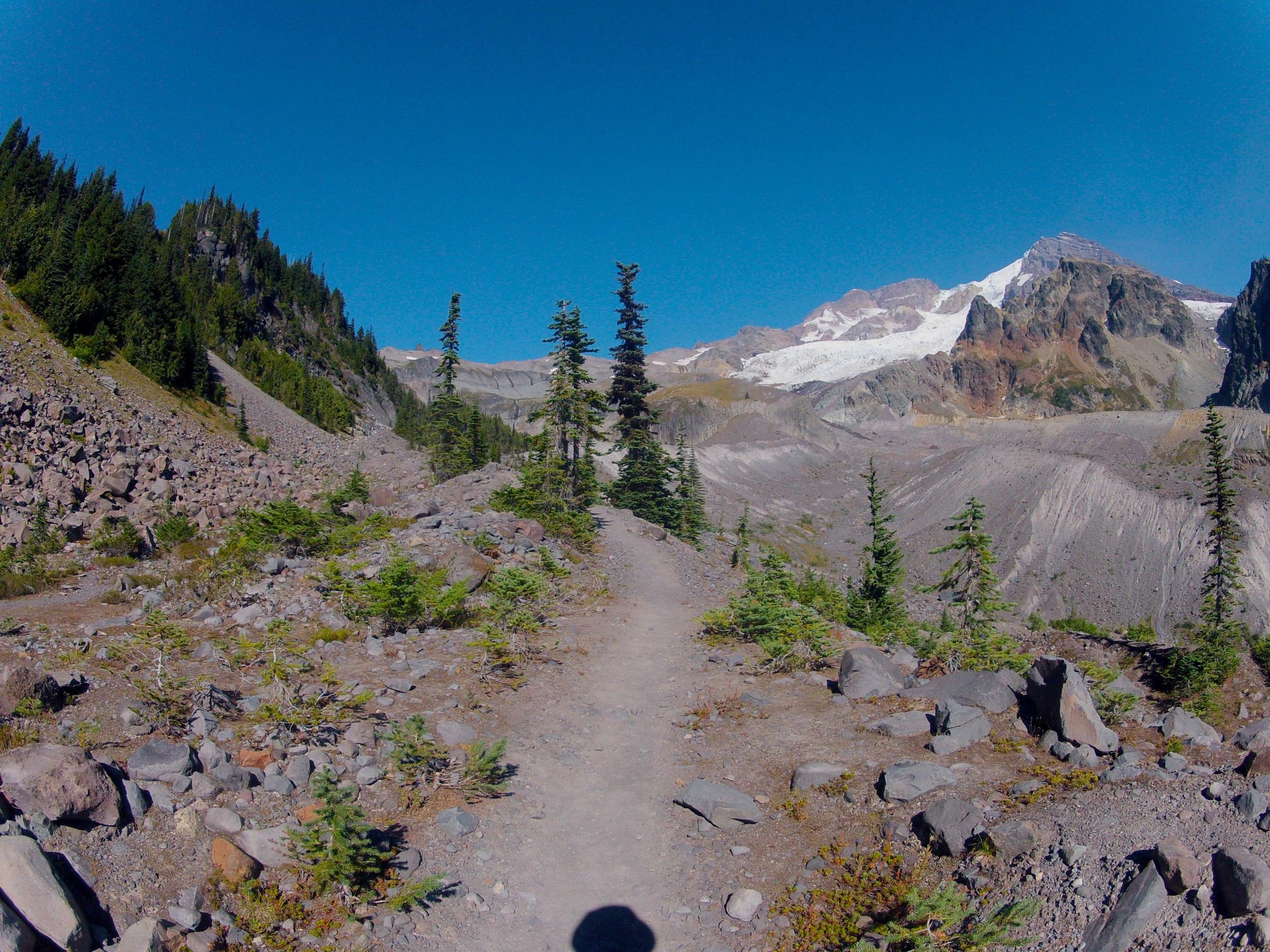 approaching Emerald Ridge