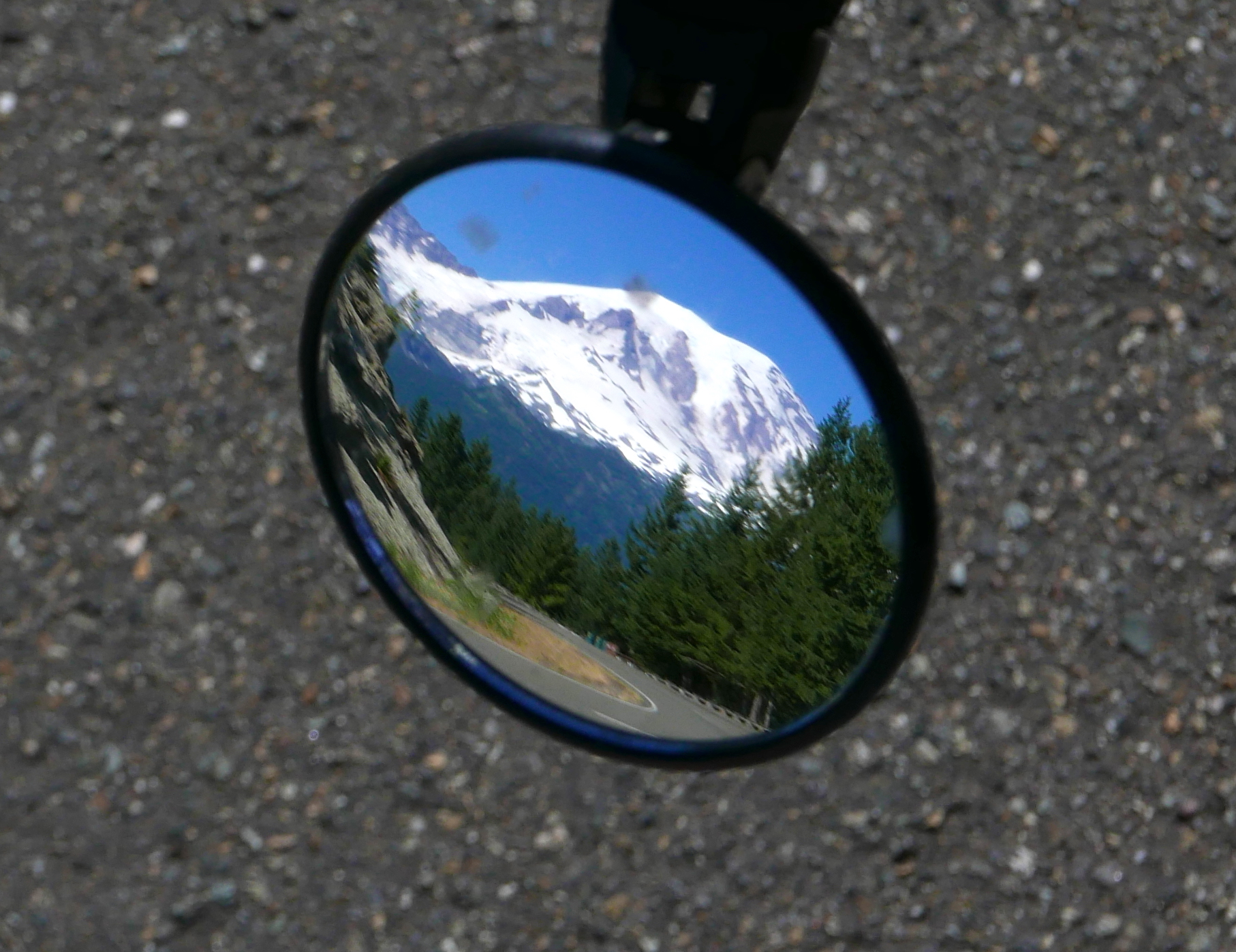 view in the mirror (which later fell out) on RIMROBOD