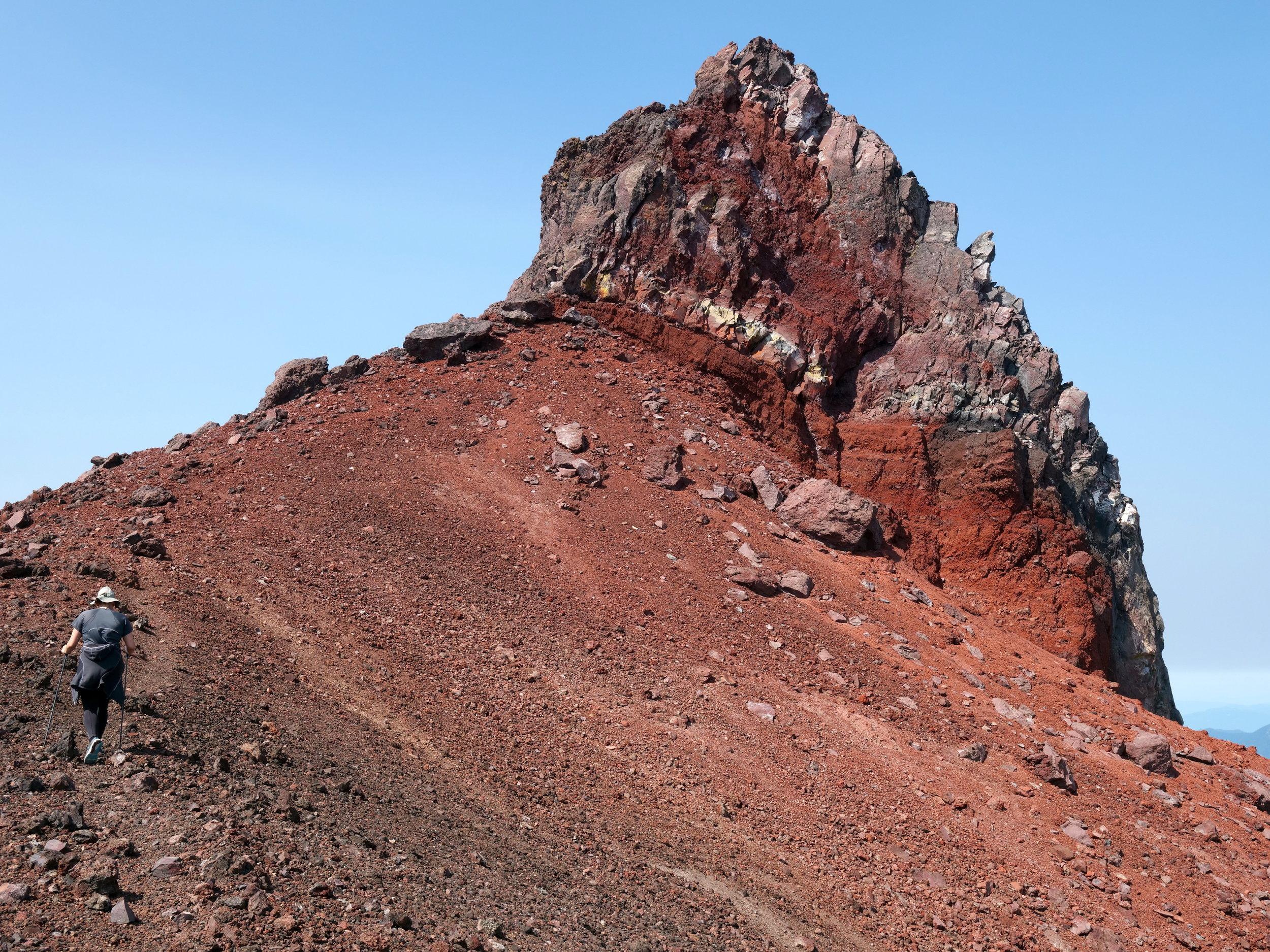 Saddle leading to Observation Rock (8364')