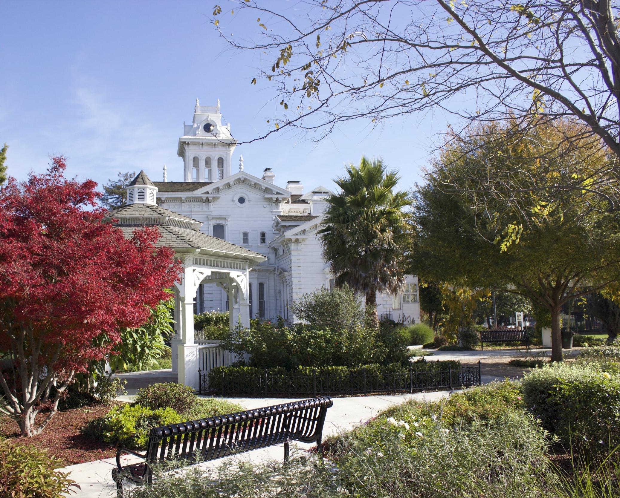 meek-mansion-estate.jpg