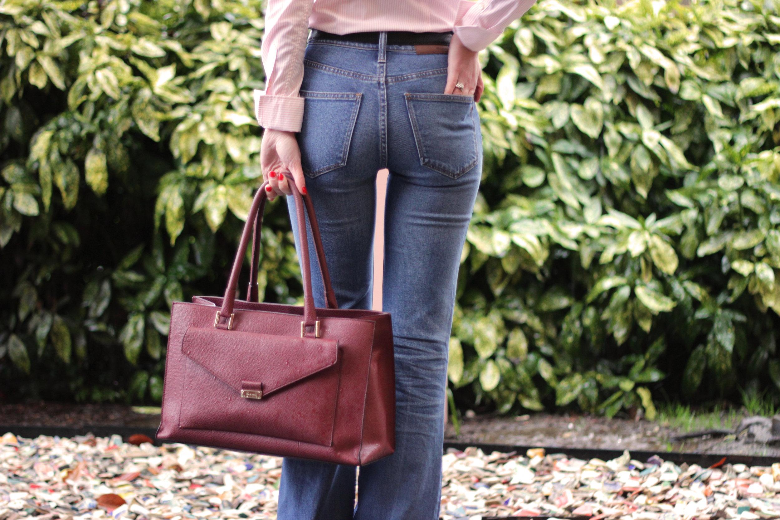 madewell-jeans-and-ferragamo-belt.jpg