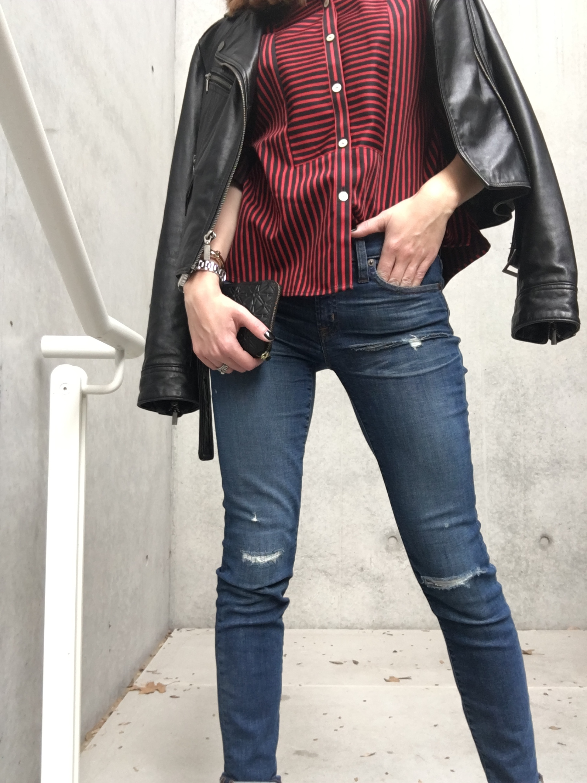 skinny-jeans-and-leather-jacket.jpg