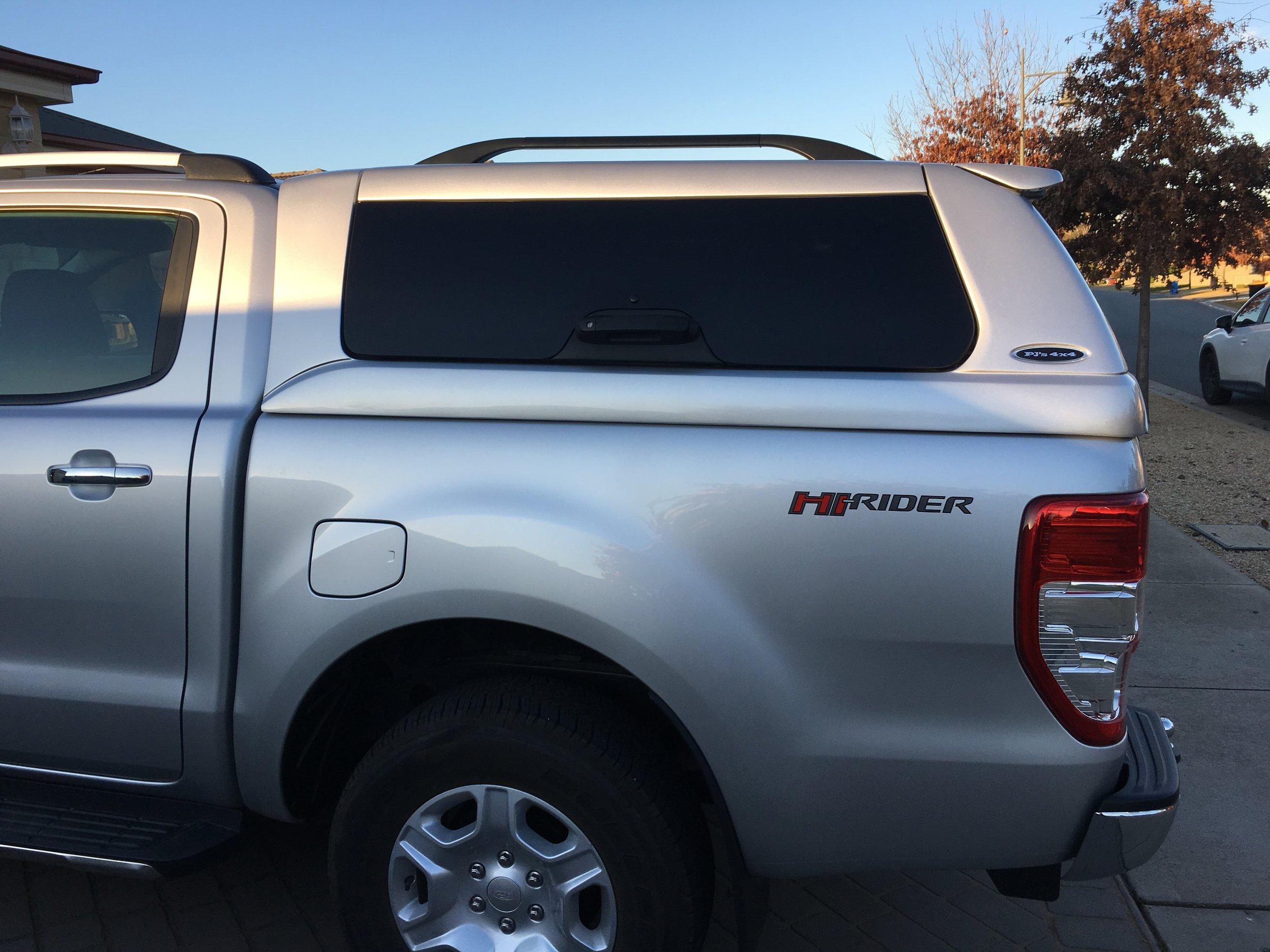 Ford Ranger ELITE Silver 3.JPG